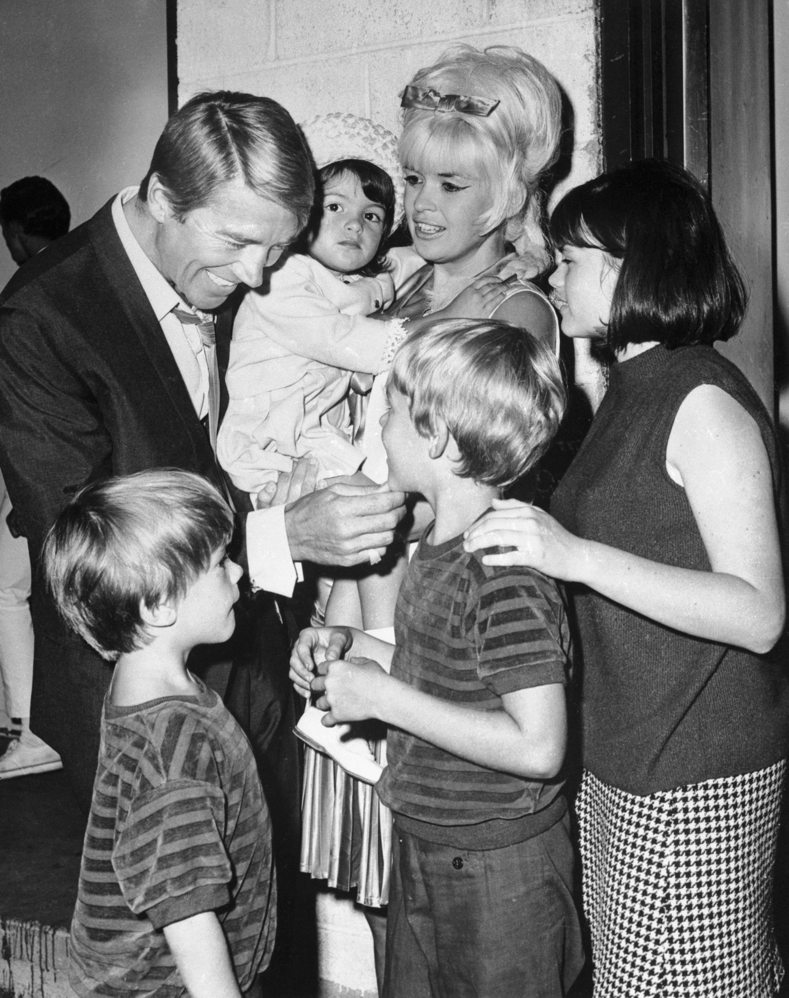 Jayne Mansfield and Mickey Hargitay With Their Children