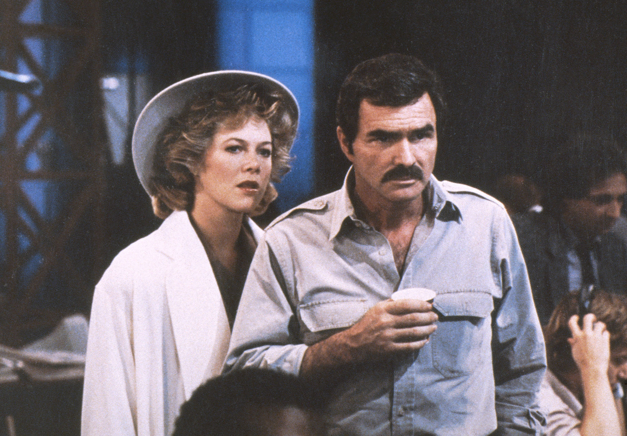 SWITCHING CHANNELS, US lobbycard, from left: Kathleen Turner, Burt Reynolds, 1988, © TriStar/courtes