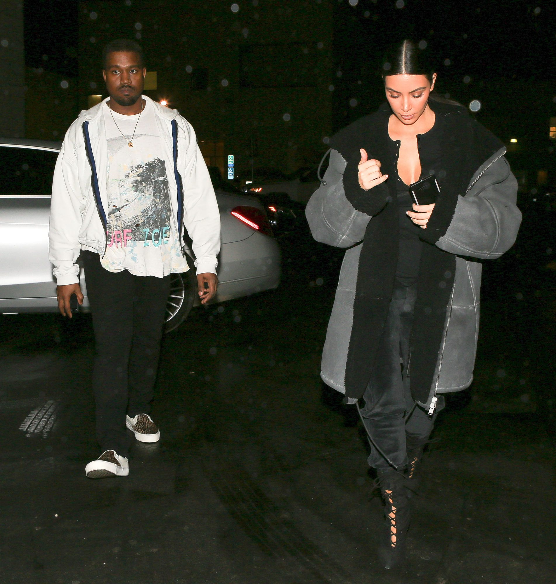 PREMIUM EXCLUSIVE Please contact X17 before any use of these exclusive photos - x17@x17agency.com So romantic! Kim Kardashian and her Valentine Kanye West stopped at Epione together to get pampered before romantic dinner at italian eatery  feb 7, 2017 /X17online.com