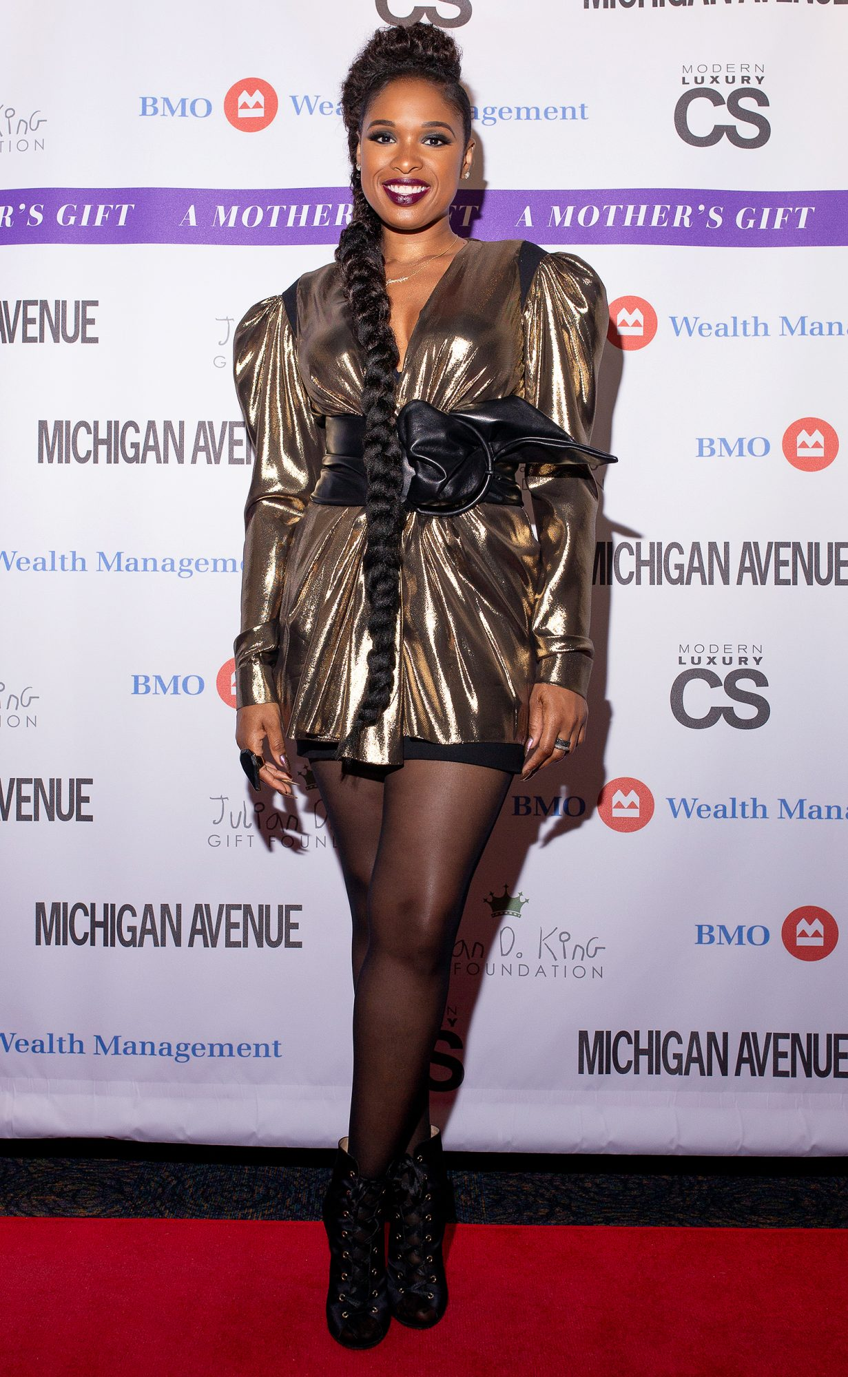 "Jennifer Hudson Performs ""A Mother's Gift"" Benefiting The Julian D. King Gift Foundation"