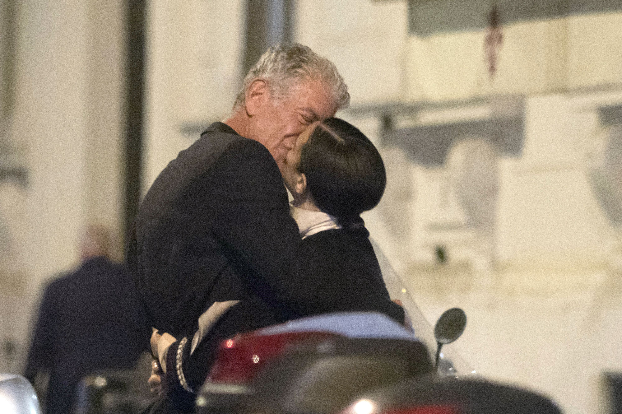 Celebrity Chef Anthony Bourdain enjoys a romantic dinner with his new girlfriend Asia Argento