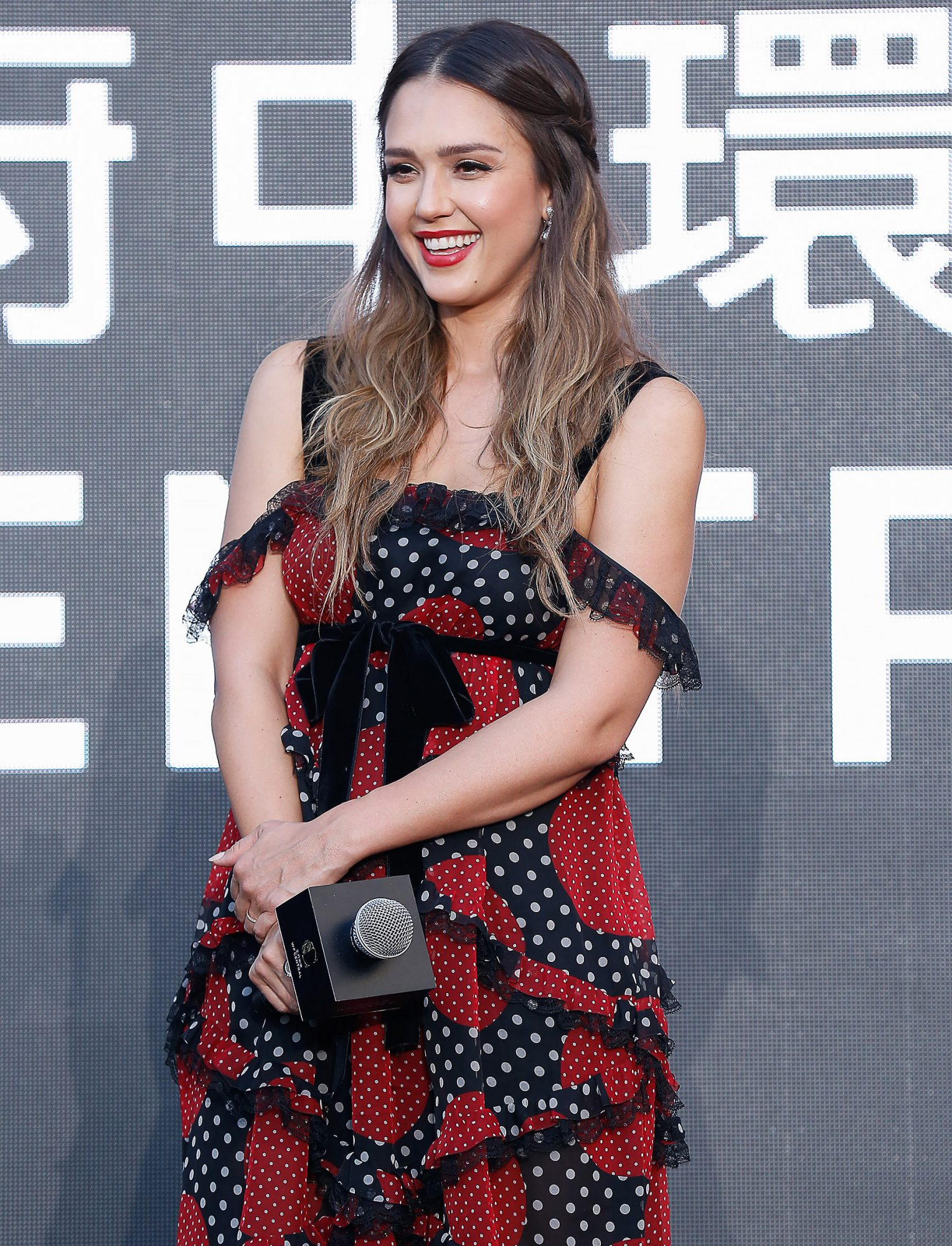 Jessica Alba And Coco Lee Attend WF CENTRAL Opening Ceremony In Beijing