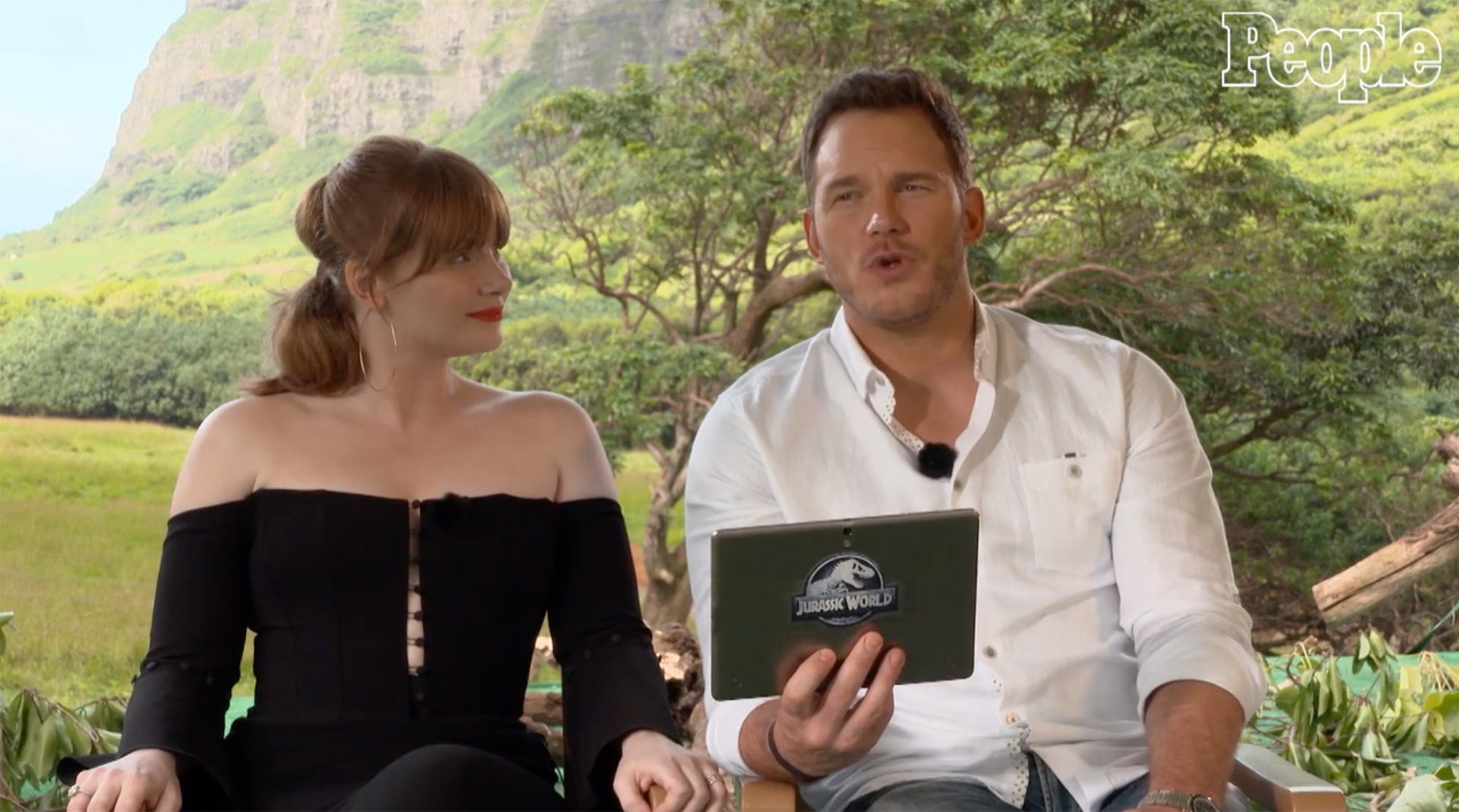 Chris Pratt and Bryce Dallas Howard Kid Questions Jurassic World