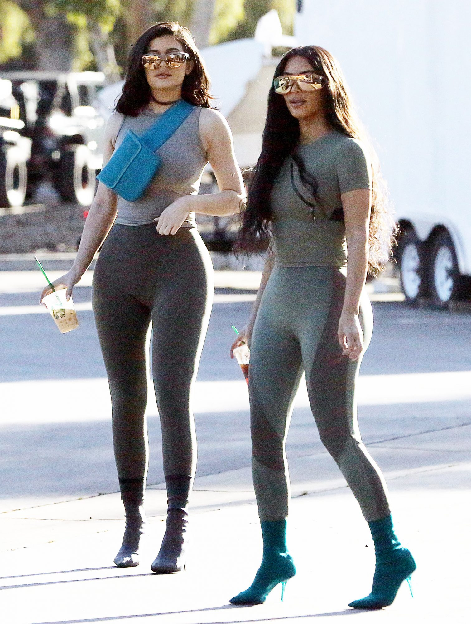 PREMIUM EXCLUSIVE Kim Kardashian and Kylie Jenner striking in tights