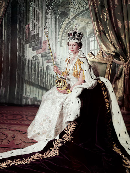 queen elizabeth s coronation gown all about the real dress people com queen elizabeth s coronation gown all about the real dress people com