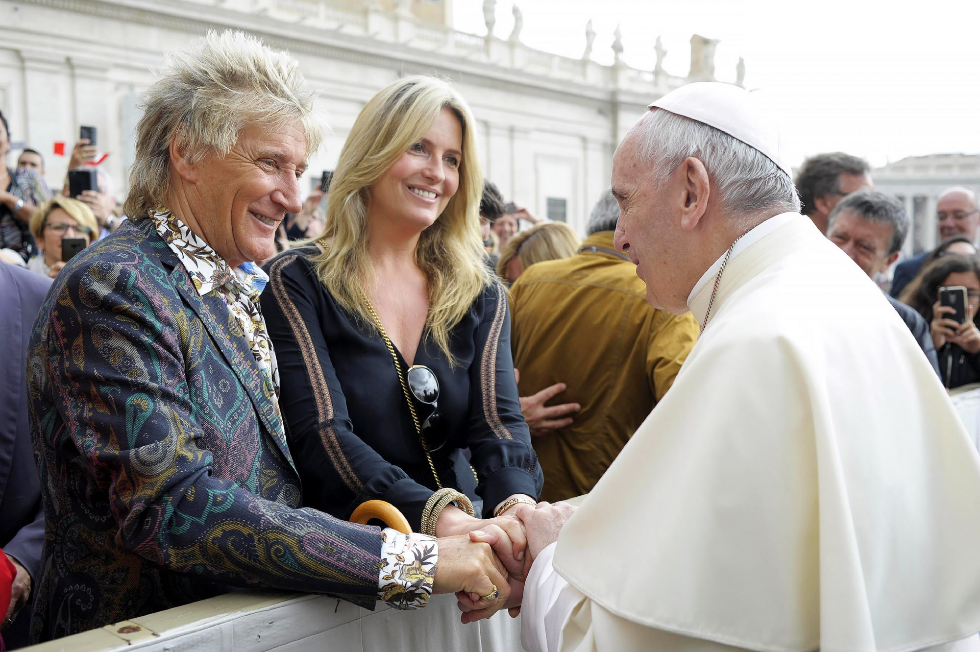 Rod Stewart and Penny Lancaster Meet Pope Francis