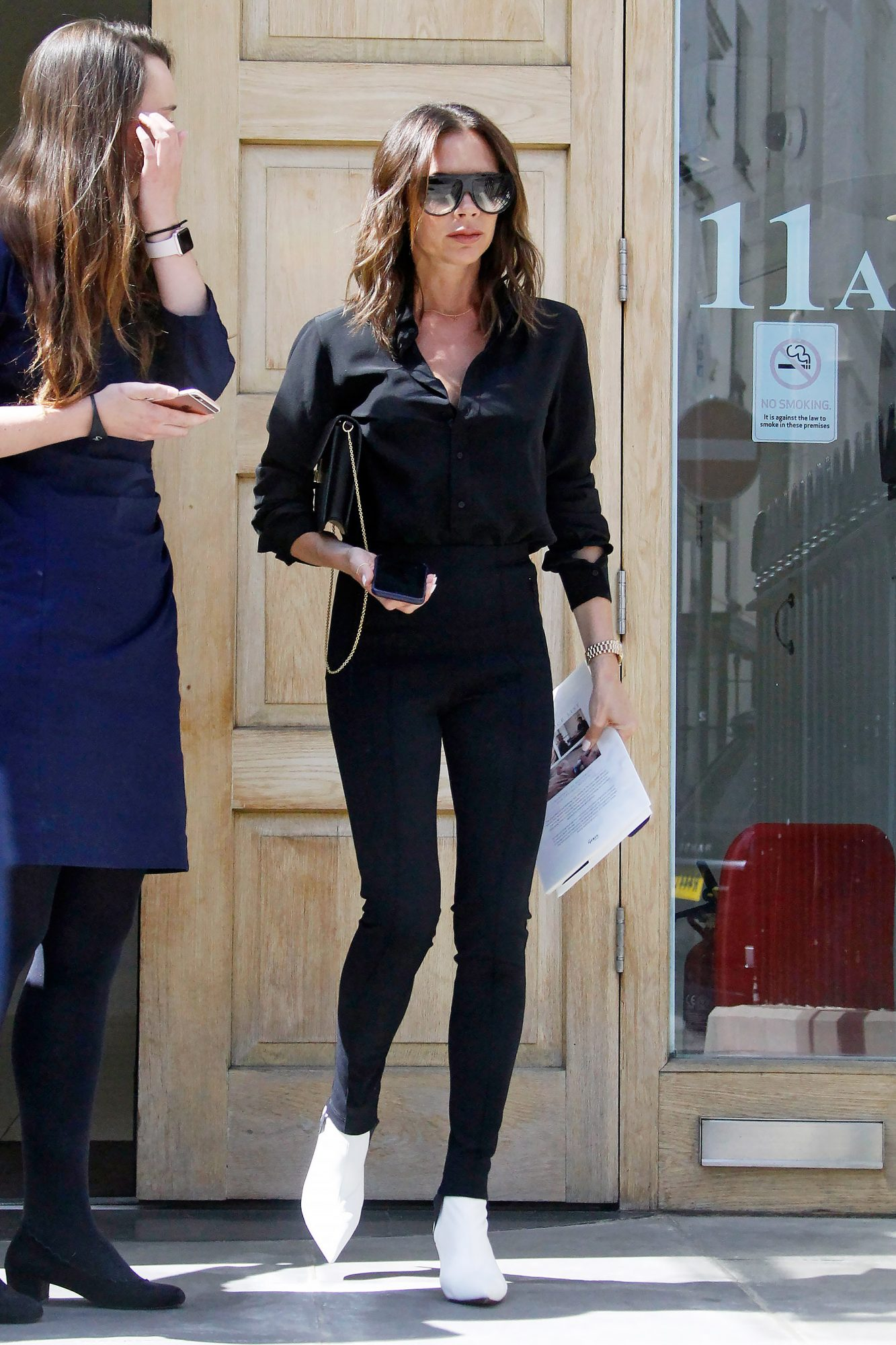 EXCLUSIVE: **EXCL*Victoria Beckham Looks Stylish In An All Black Outfit In London