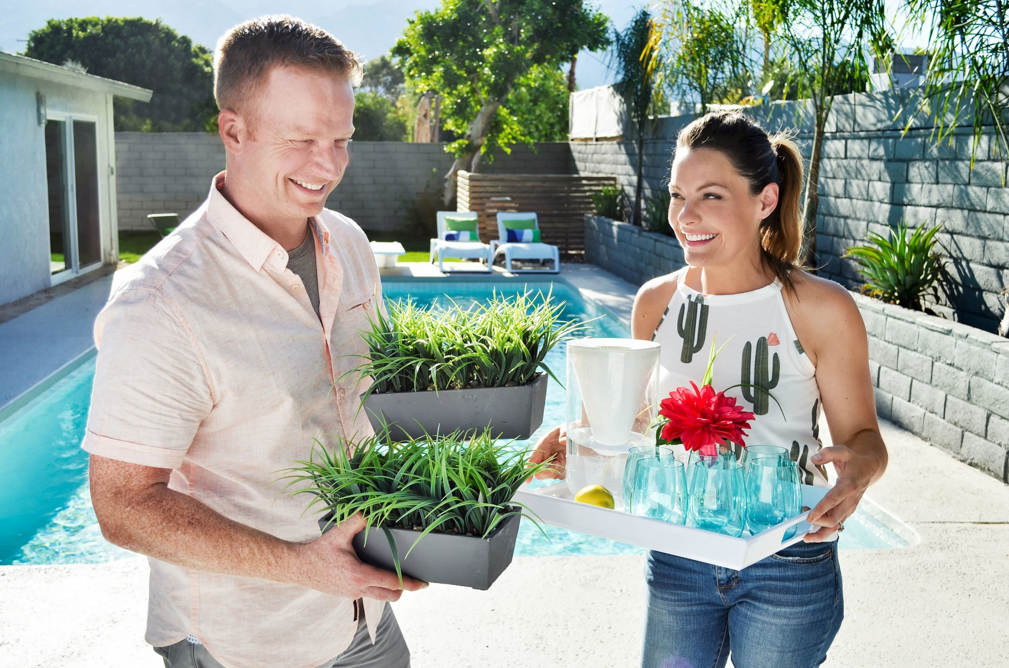 DesertFlippersEric and Lindsay BennettCredit: HGTV
