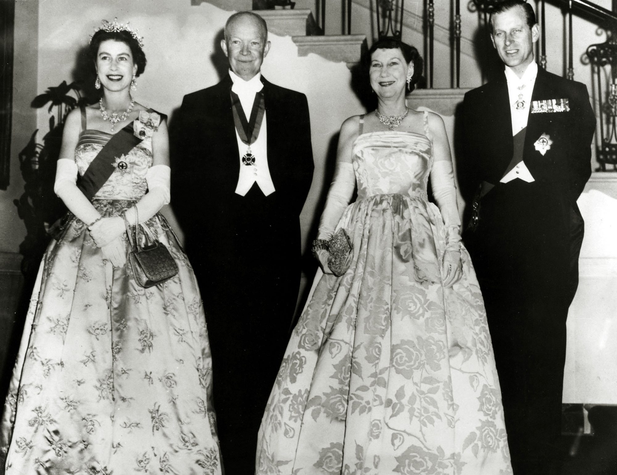 Politics, Personalities, USA, pic: 17th October 1957, President Dwight D, Eisenhower and Mamie Eisenhower, centre, with HM,Queen Elizabeth and Prince Philip before a state dinner in the White House, Washington D,C, Dwight D,Eisenhower (1890-1969) became t