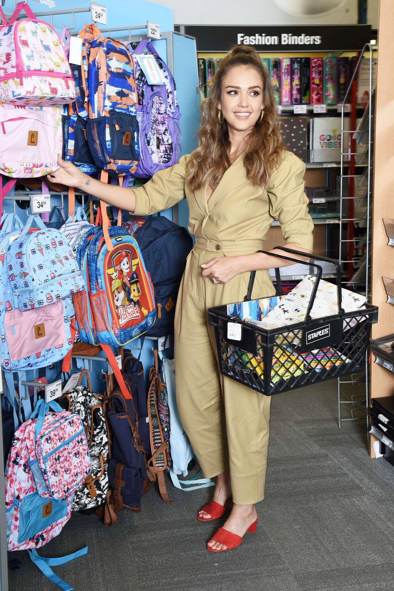 Jessica Alba Teams up with Staples this Back to School Season