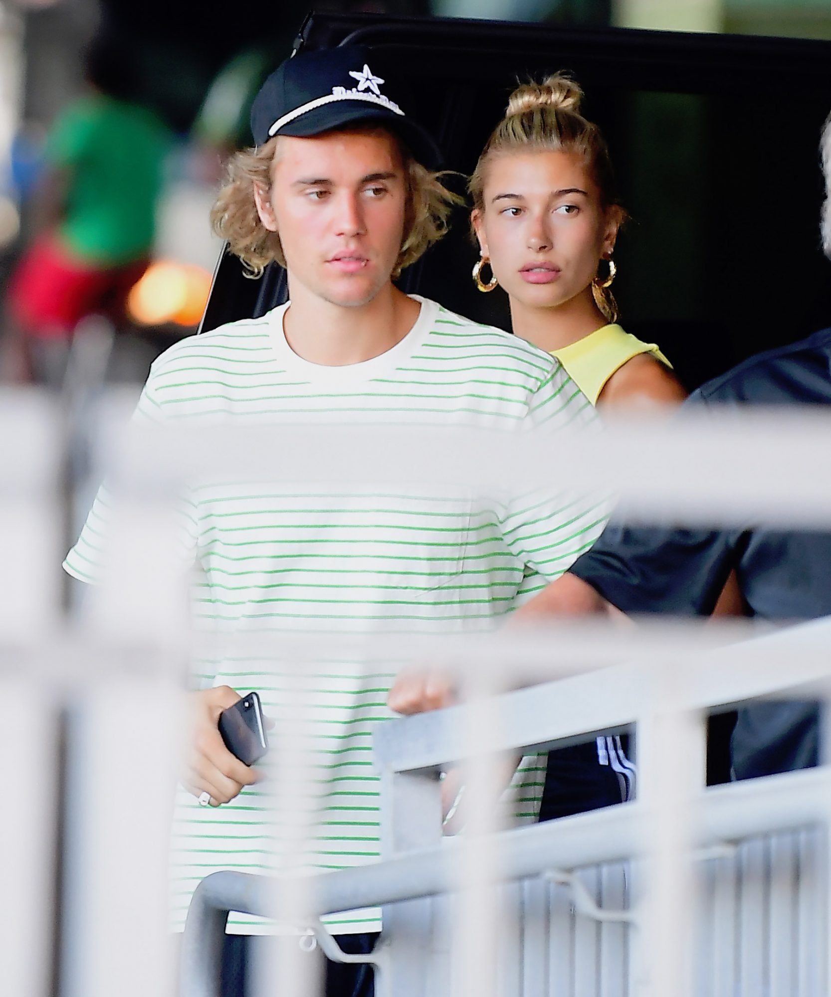 EXCLUSIVE: **PREMIUM EXCLUSIVE RATES APPLY**Justin Bieber And Hailey Baldwin Leave NYC by Helicopter to Visit Hailey's Parents Upstate