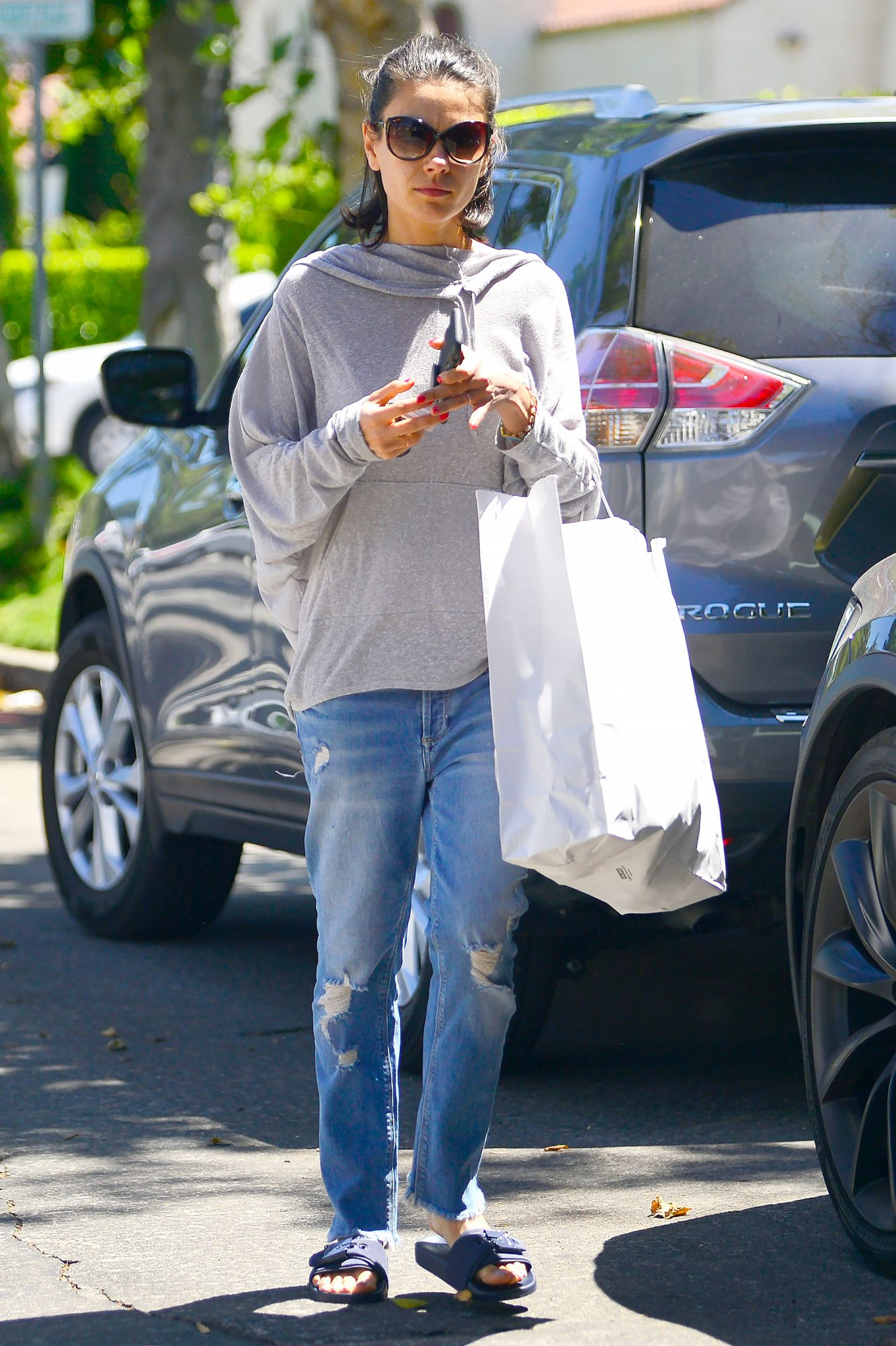 EXCLUSIVE: Mila Kunis is Spotted Shopping in Los Angeles.