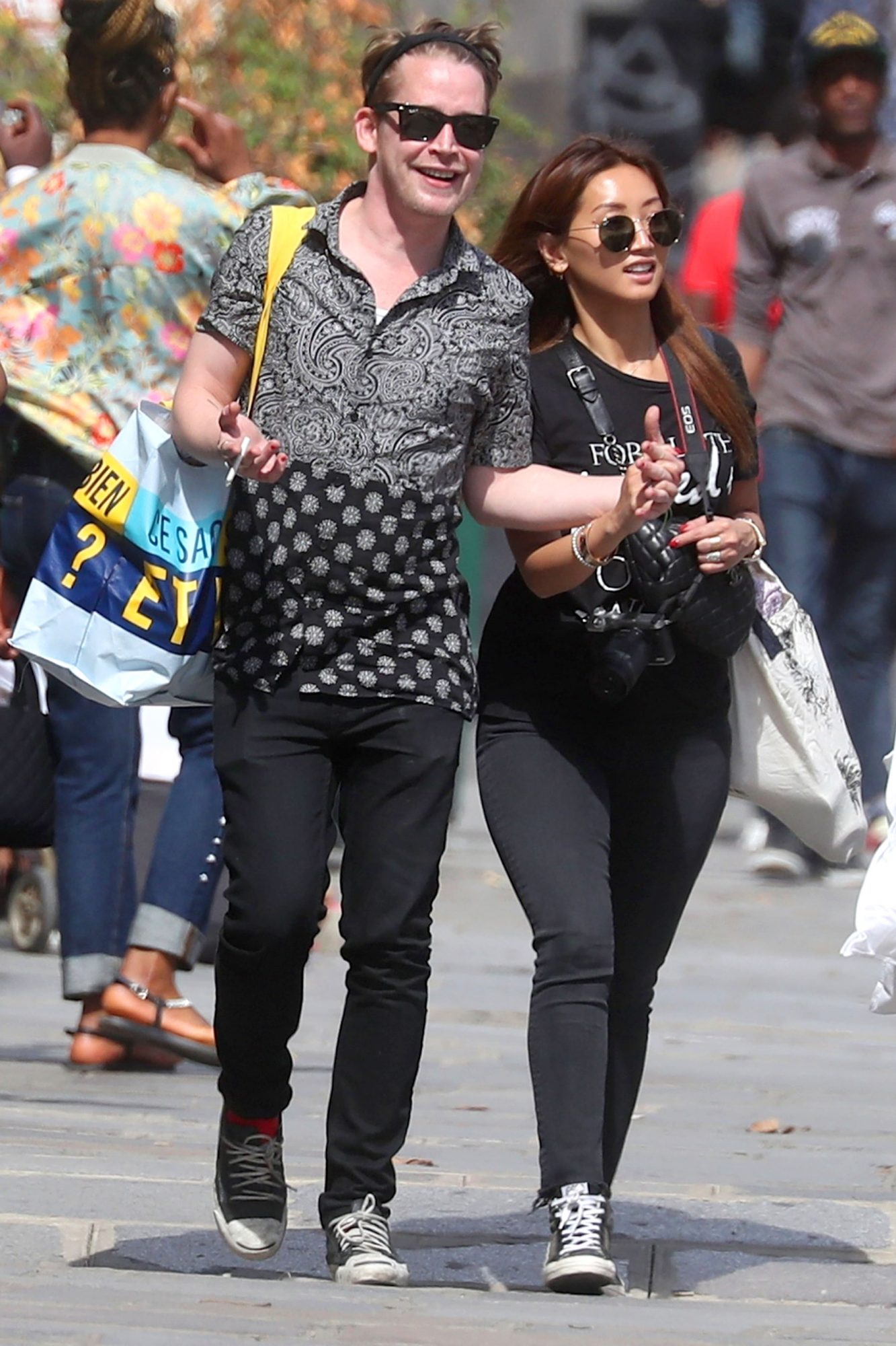*EXCLUSIVE* Macaulay Culkin wears a band on his ring finger as he is spotted looking loved up with Brenda Song in Paris