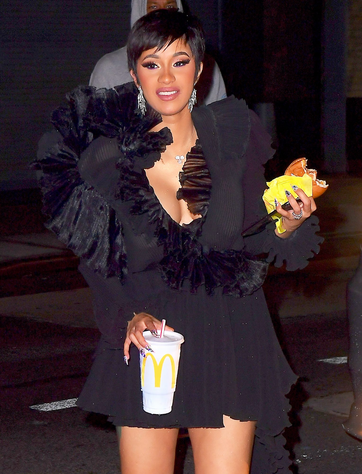 Cardi B And Offset Celebrate VMAs Win With 4am McDonalds Run In New York City