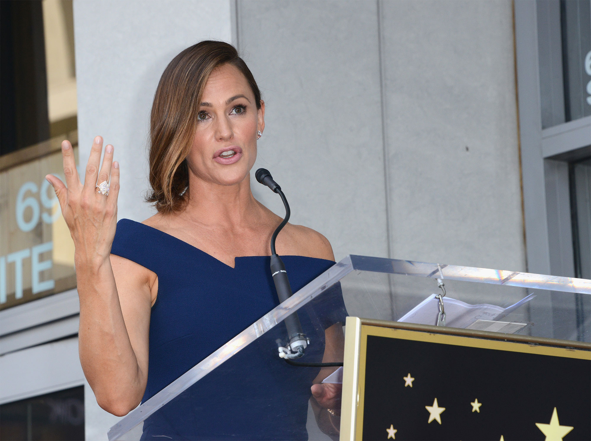 Jennifer Garner Honored With Star On The Hollywood Walk Of Fame