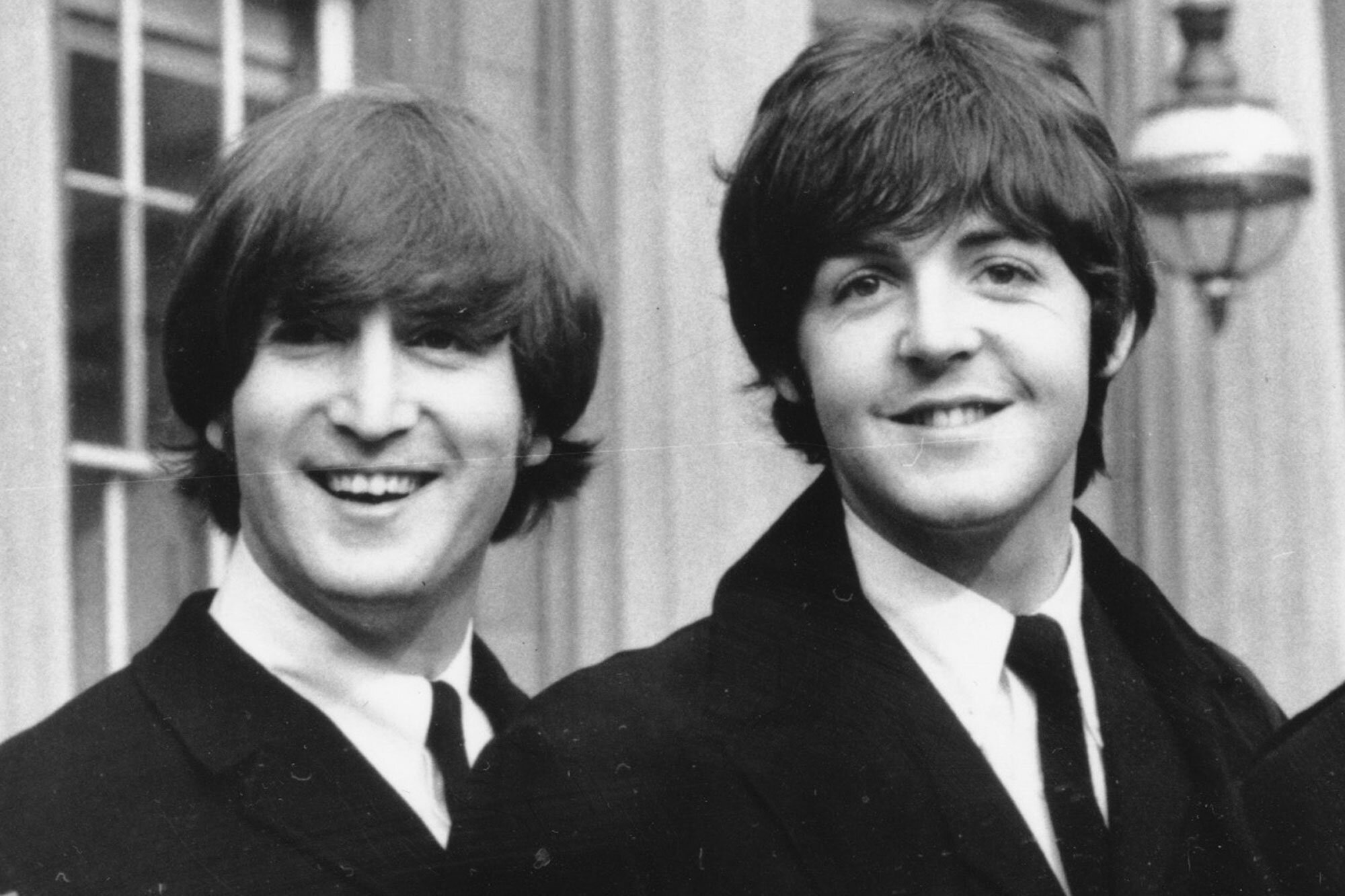 Paul Mccartney Says He Feels Lucky To Have Met John Lennon People Com