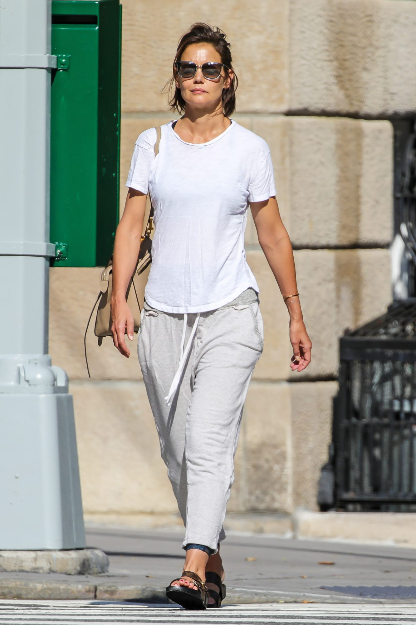 EXCLUSIVE: Katie Holmes Spotted Heading To Gym In The Morning In New York City