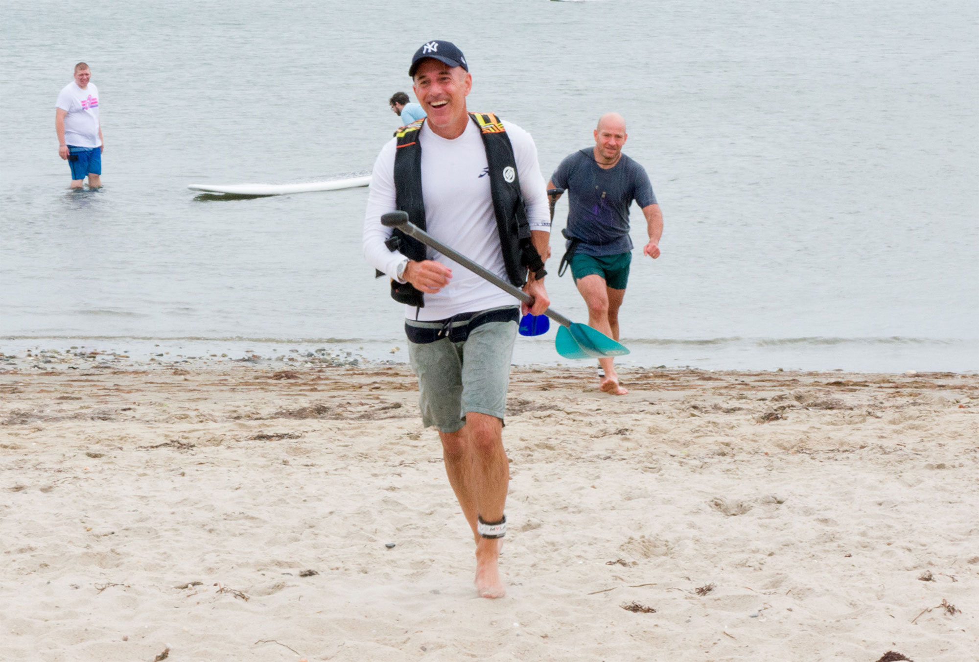 2018 Hamptons Paddle & Party For Pink