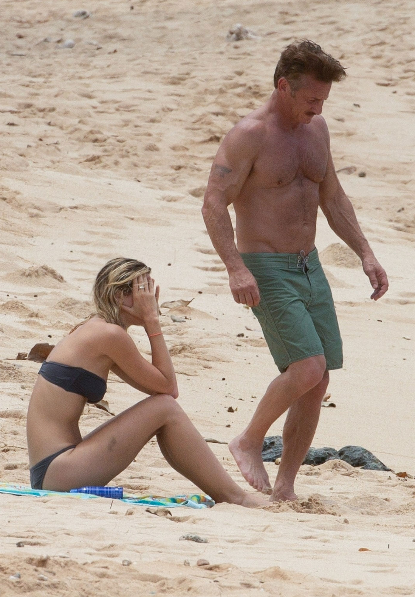 *EXCLUSIVE* Sean Penn vacations with girlfriend Leila George in Oahu