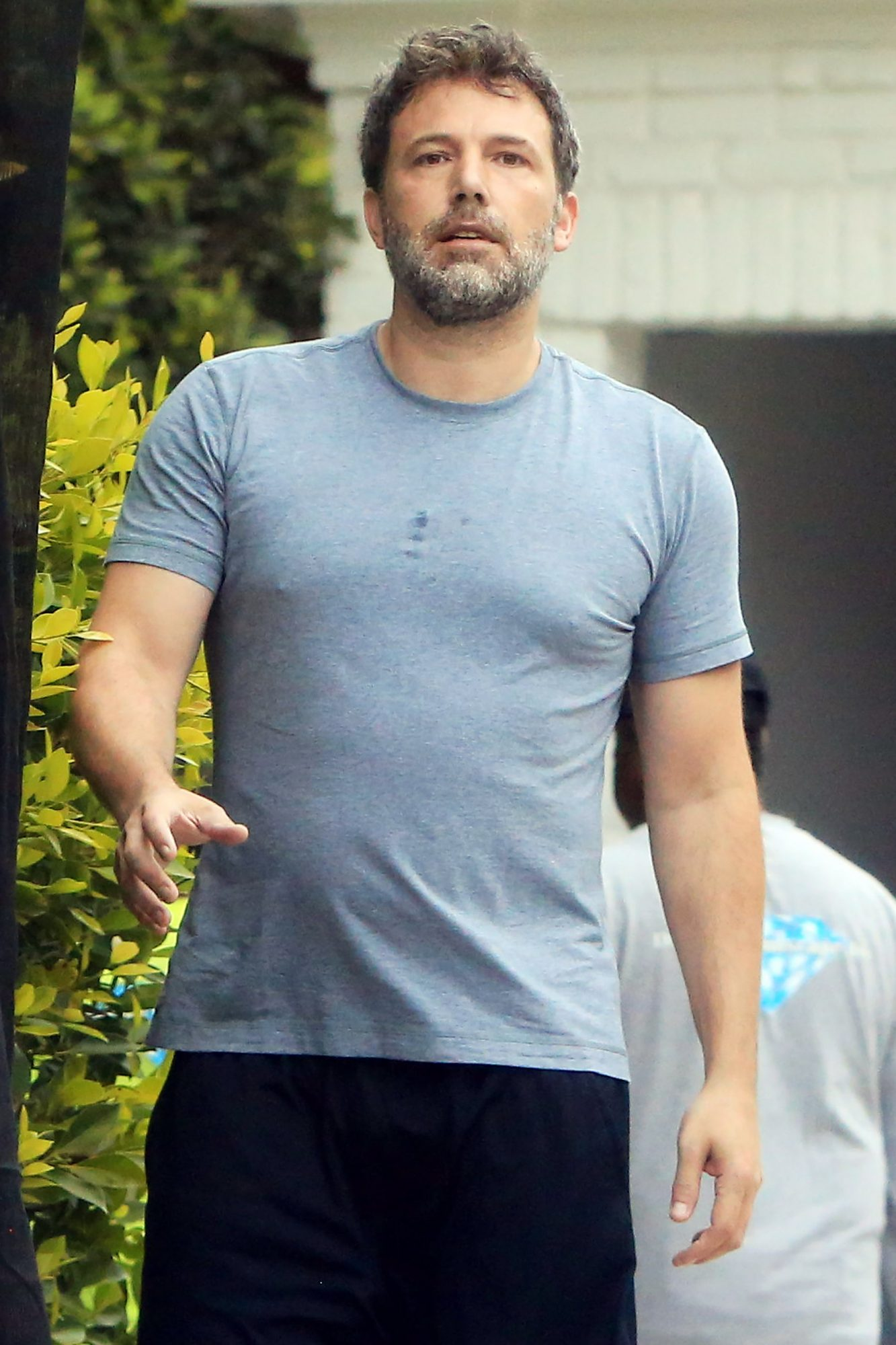 PREMIUM EXCLUSIVE FIRST PIX! Ben Affleck Leaves Rehab After 2 Weeks Of Therapy