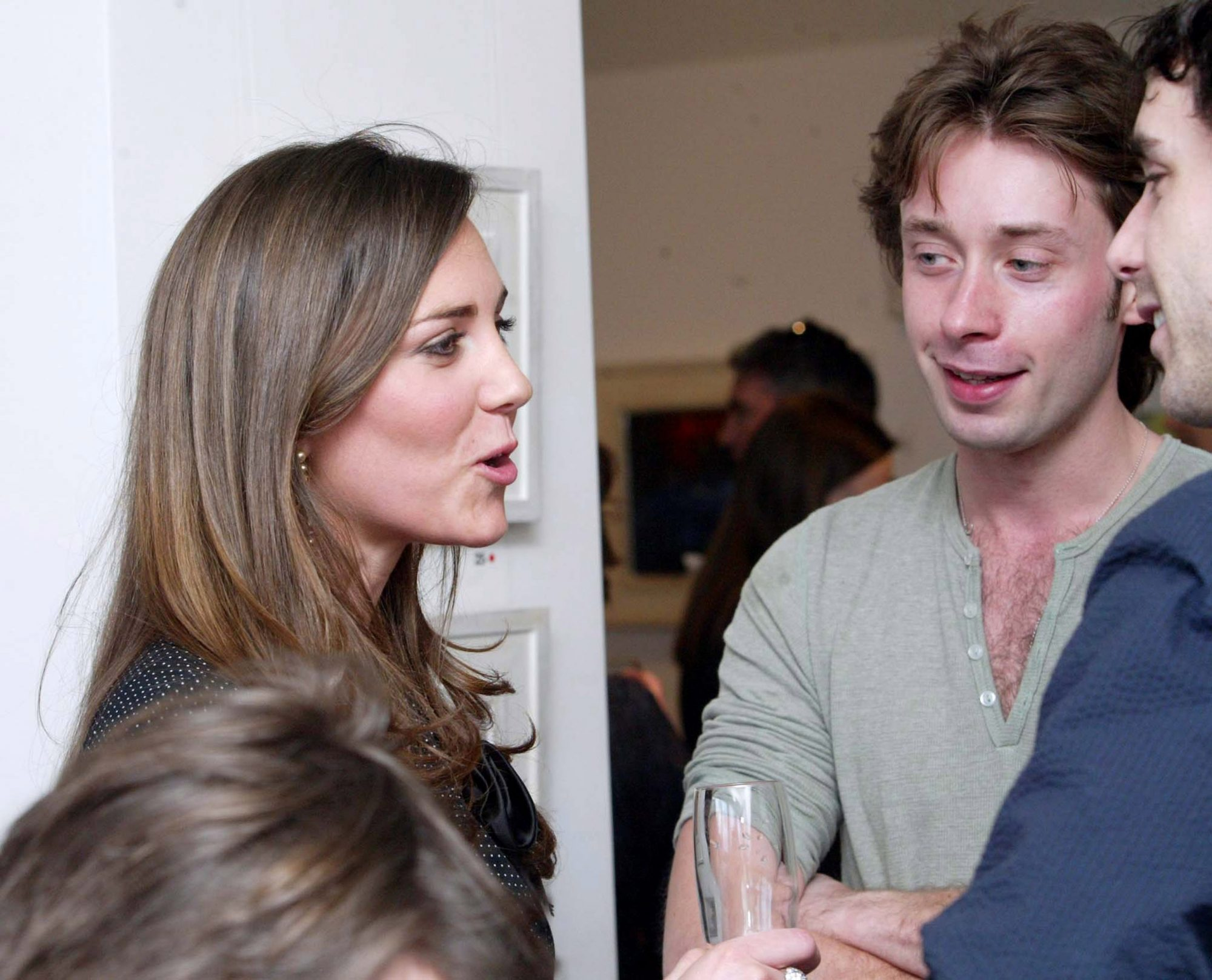 Kate Middleton at the opening oif Gemma Billington's exibition a