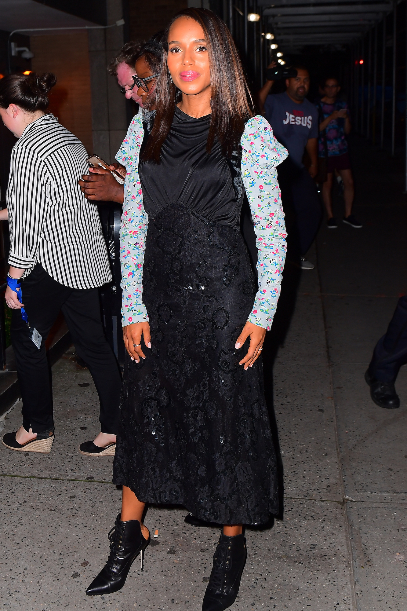 Kerry Washington Steps out in NYC as she Prepares for her Broadway Debut