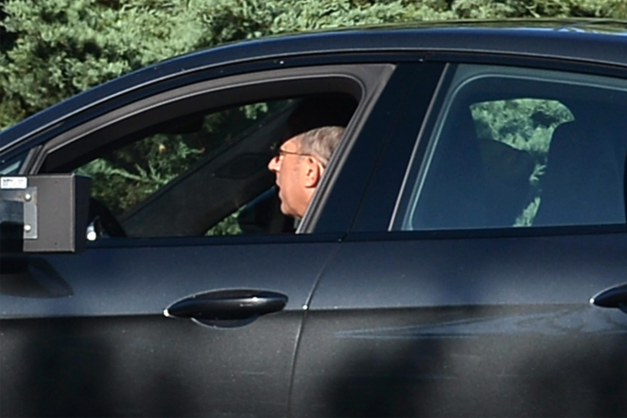 Jerry Seinfeld photographed arriving at his friend Gwyneth Paltrow wedding in the hamptons driving his porsh