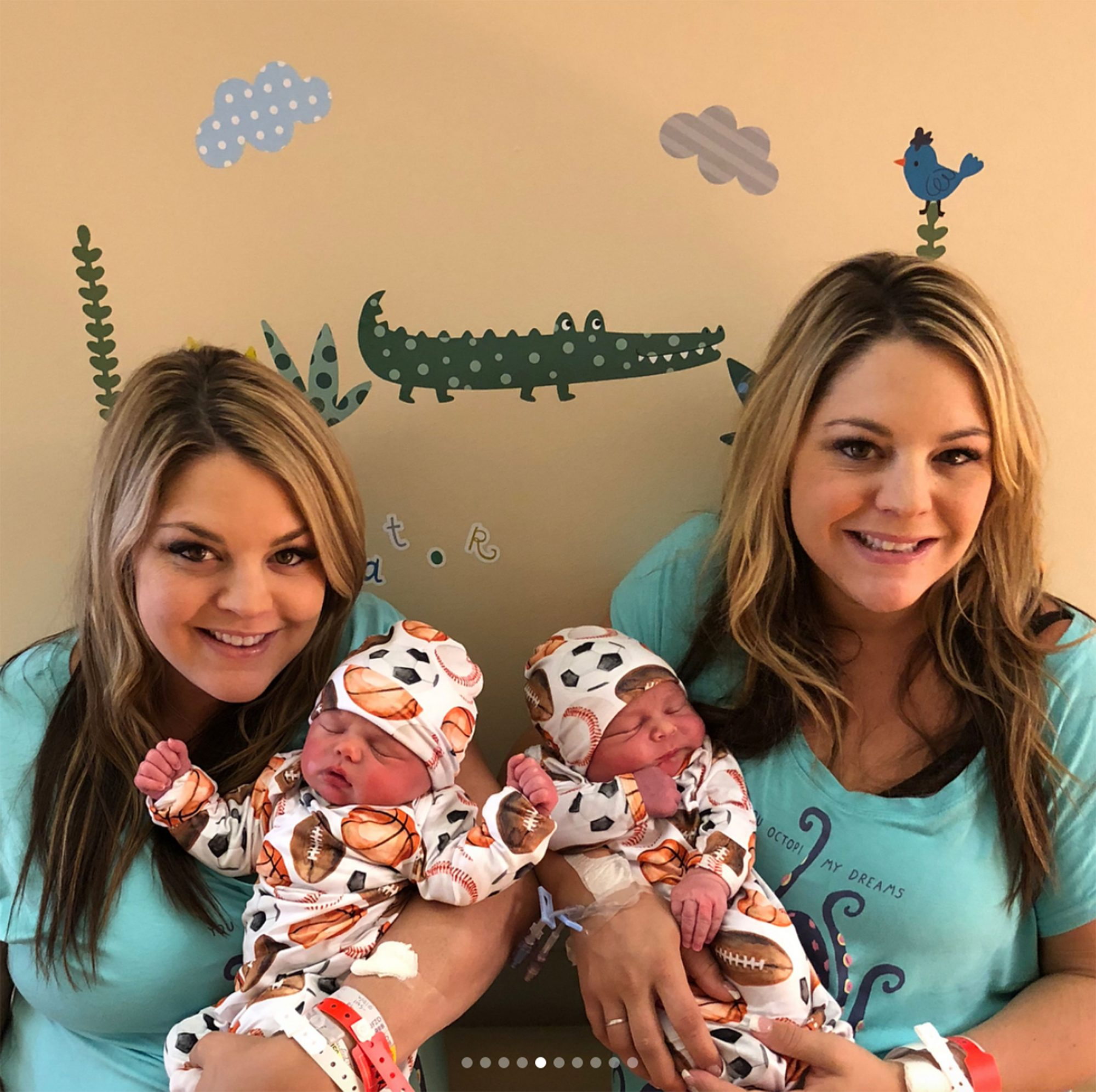 twins-give-birth-same-day-6