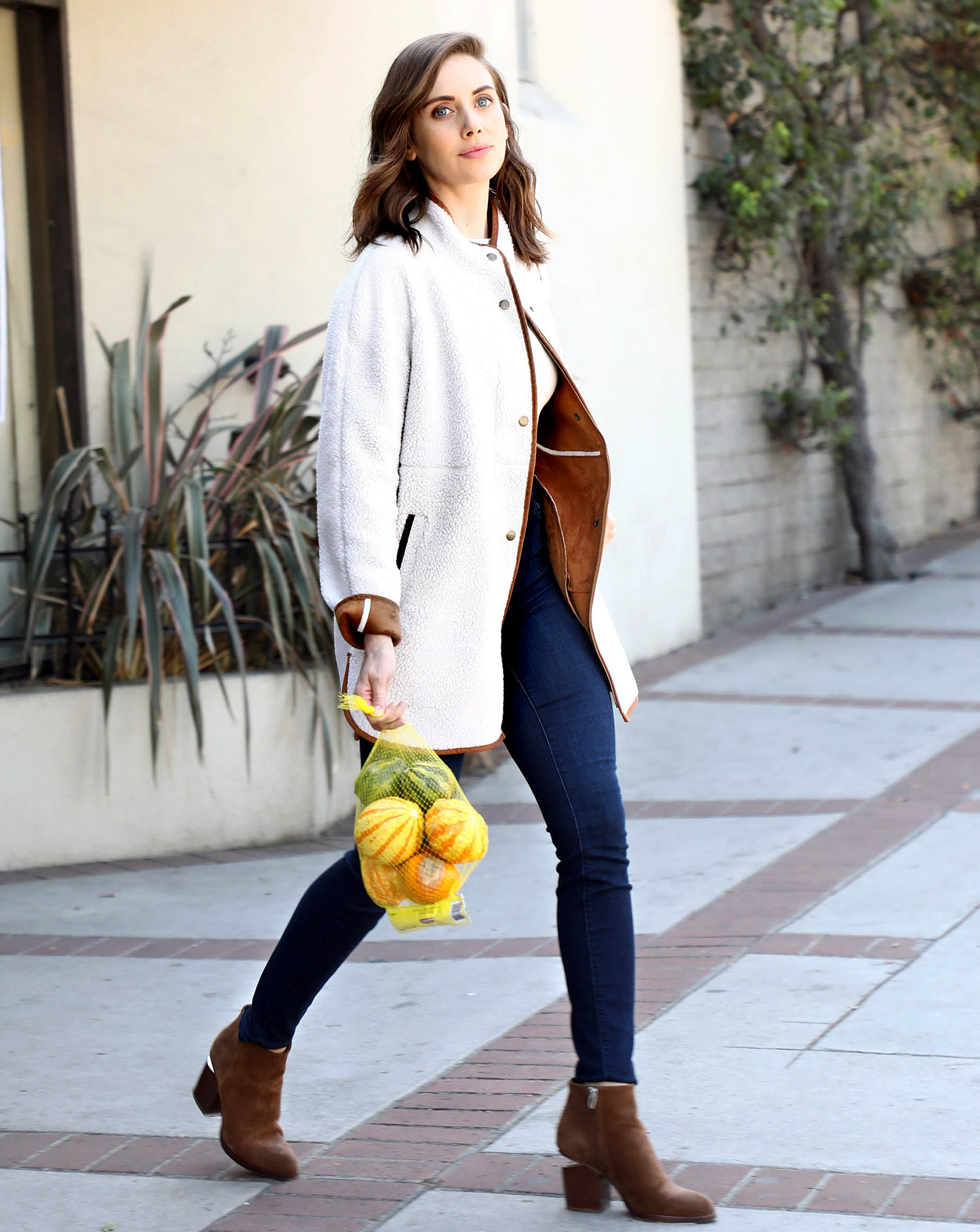 Alison Brie is Ready for Autumn in her Old Navy Faux-Suede Sherpa Coat