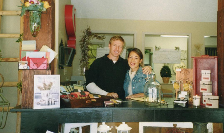 chip-joanna-gaines-throwback