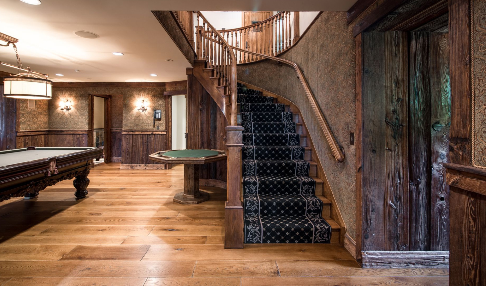 derek-jeter-house-game-room