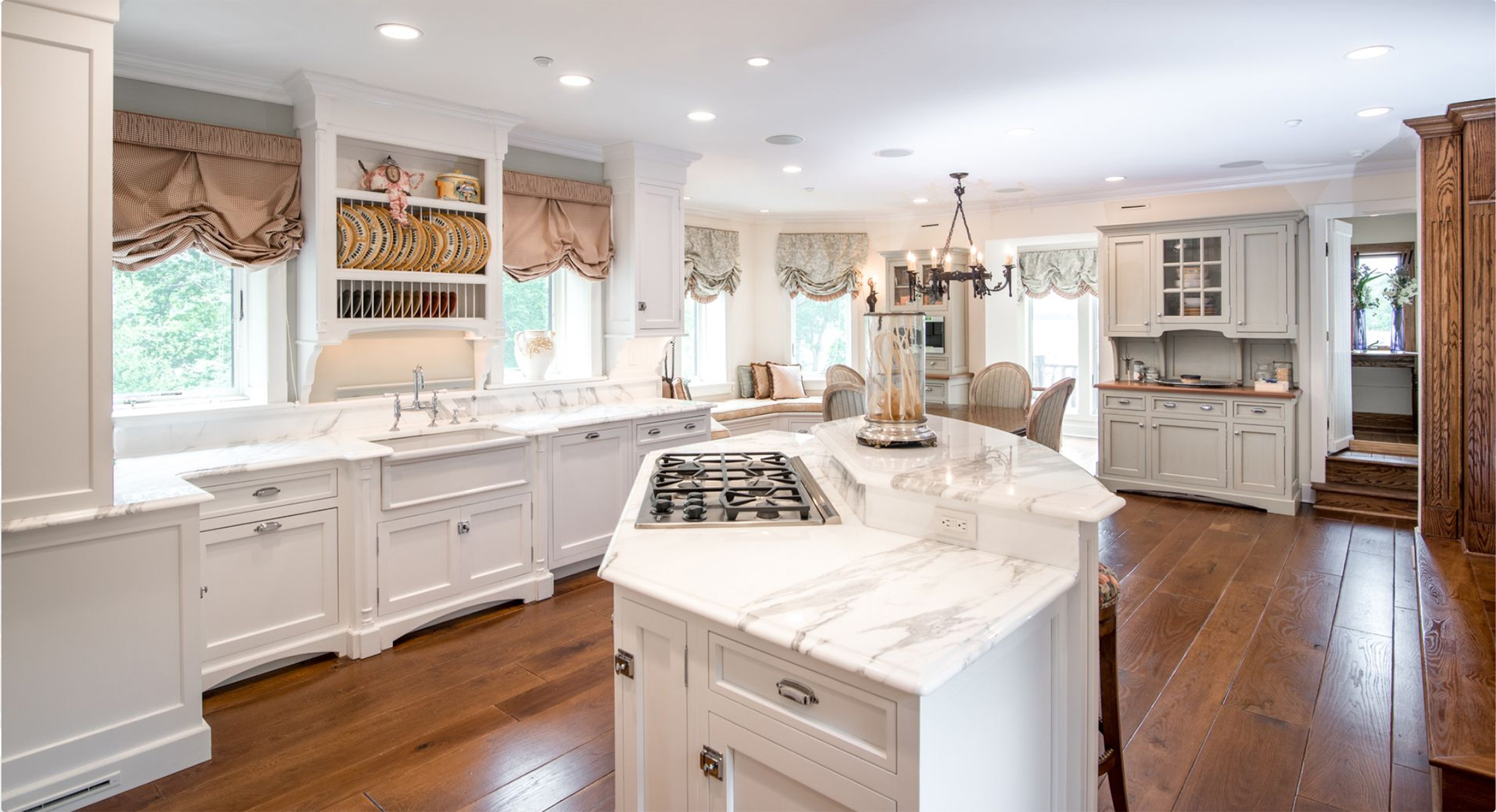 derek-jeter-house-kitchen