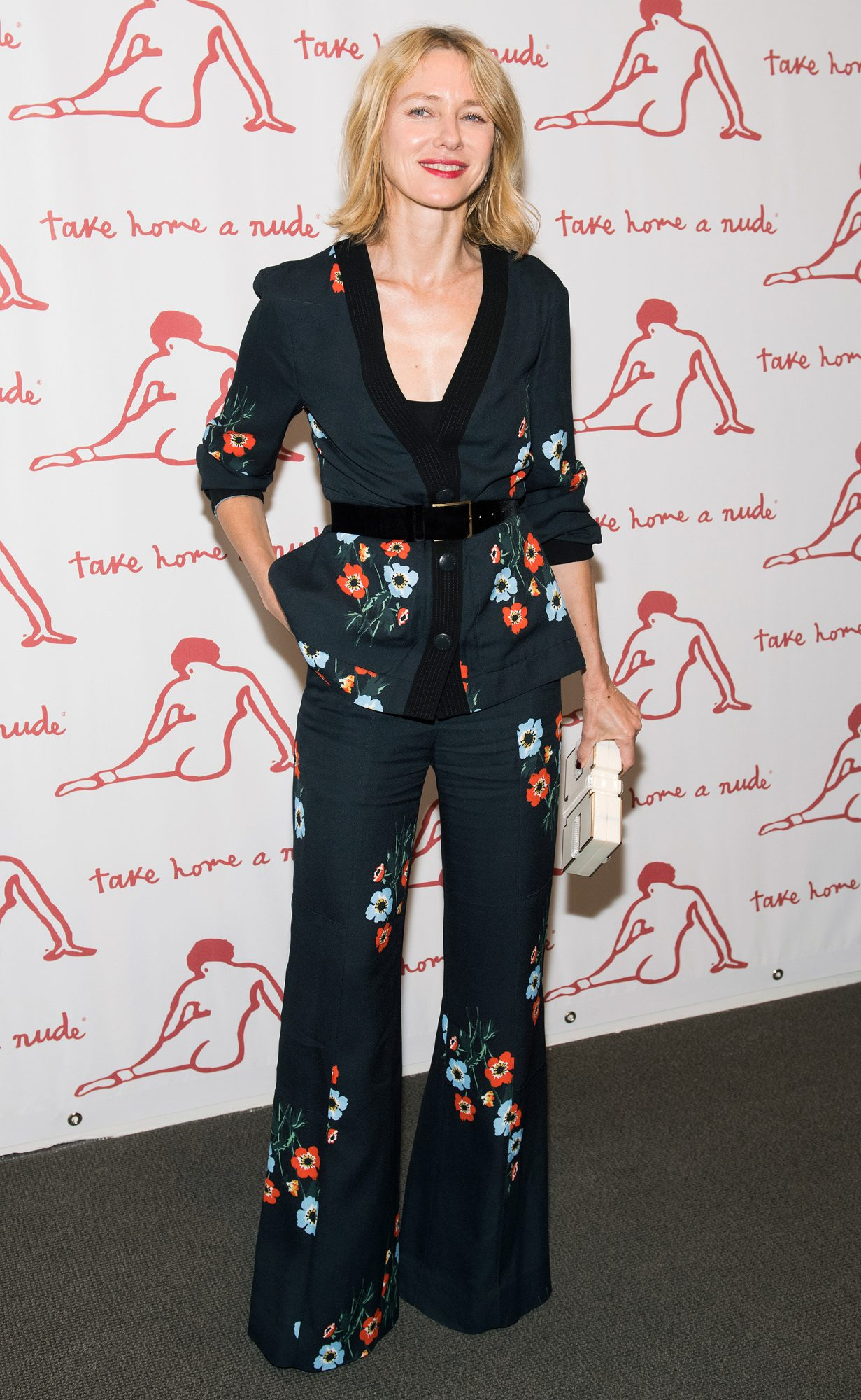 """""""Take Home A Nude"""" New York Academy Of Art Benefit"""