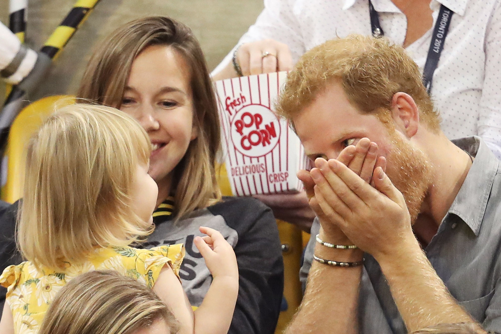 prince-harry-little-girl-3