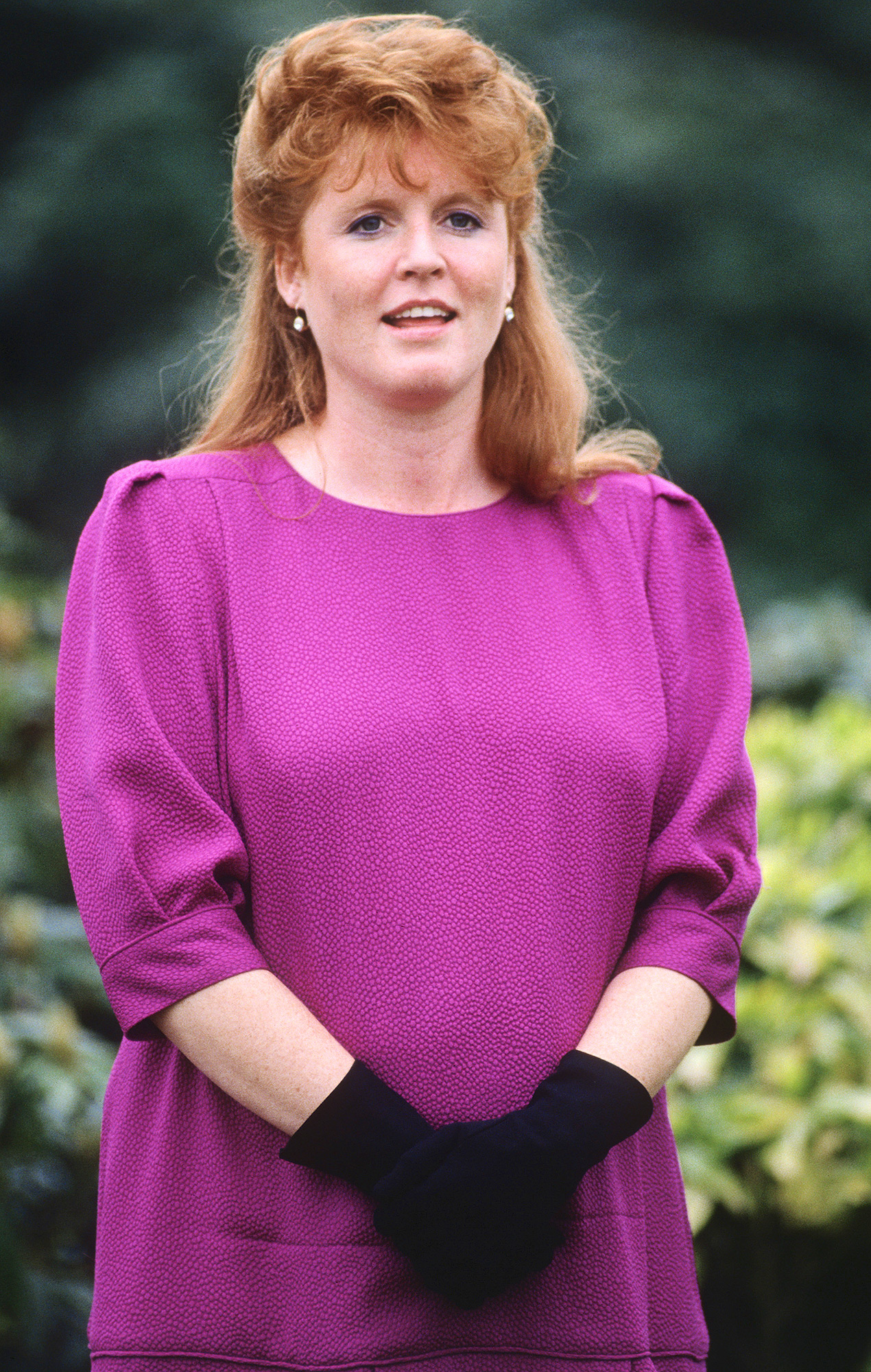 Sarah, Duchess of York (pregnant with Princess Beatrice)