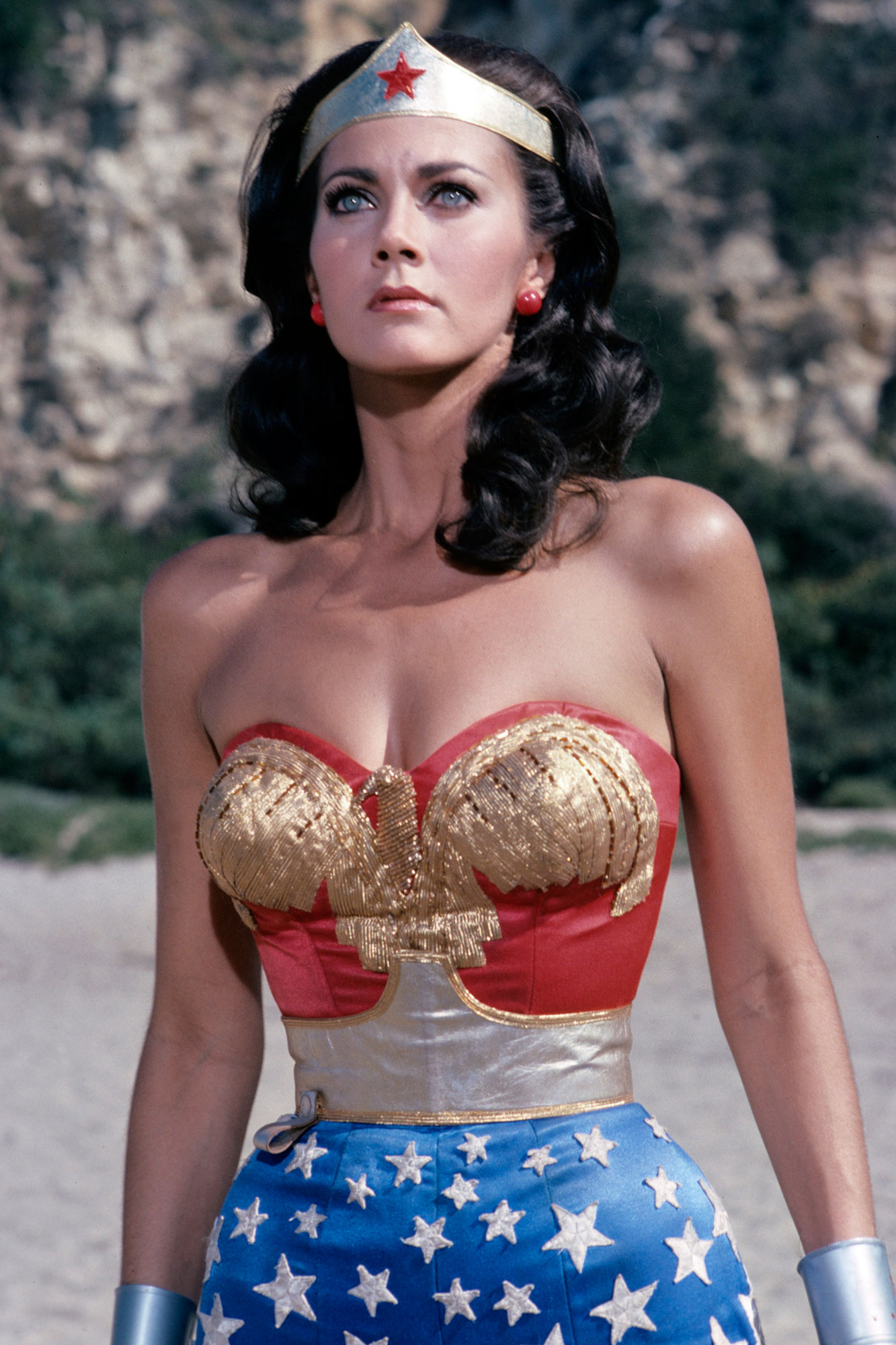 LYNDA CARTER ON WONDER WOMAN