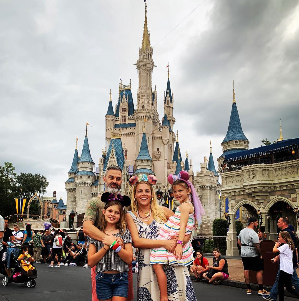 busy-philipps-disney-vacation