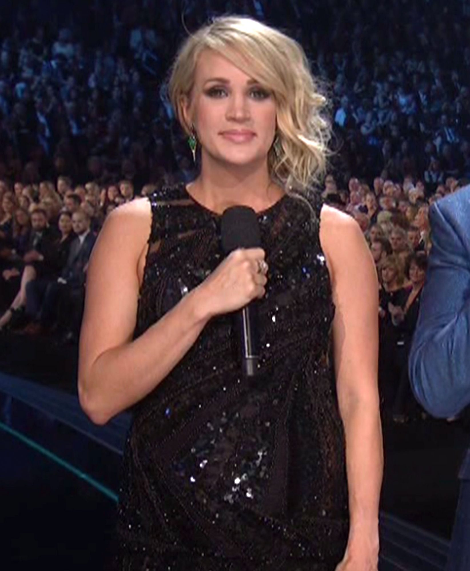 Carrie Underwood outfit changesCredit: ABC