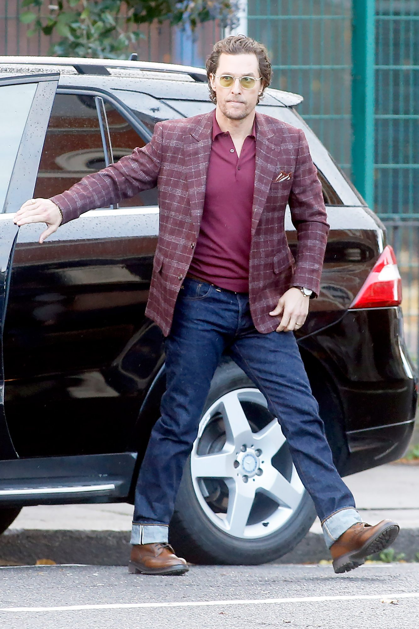 EXCLUSIVE: First pictures of Matthew McConaughey filming new gangster film Toff Guys, London UK.
