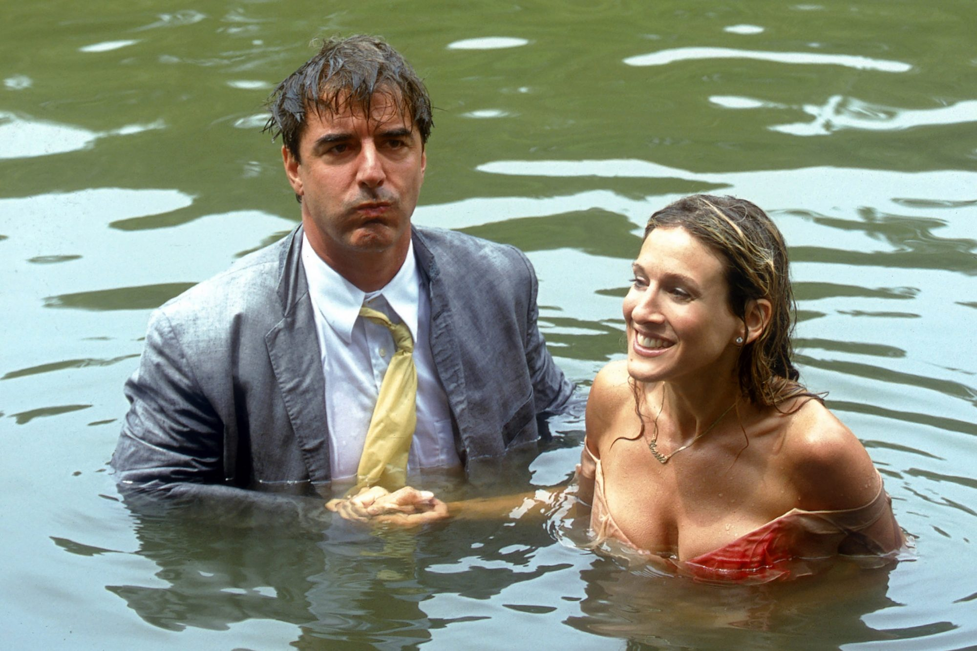 SEX AND THE CITY, (from left): Chris Noth, Sarah Jessica Parker, 'Cock-A-Doodle-Do', (Season 3, ep.