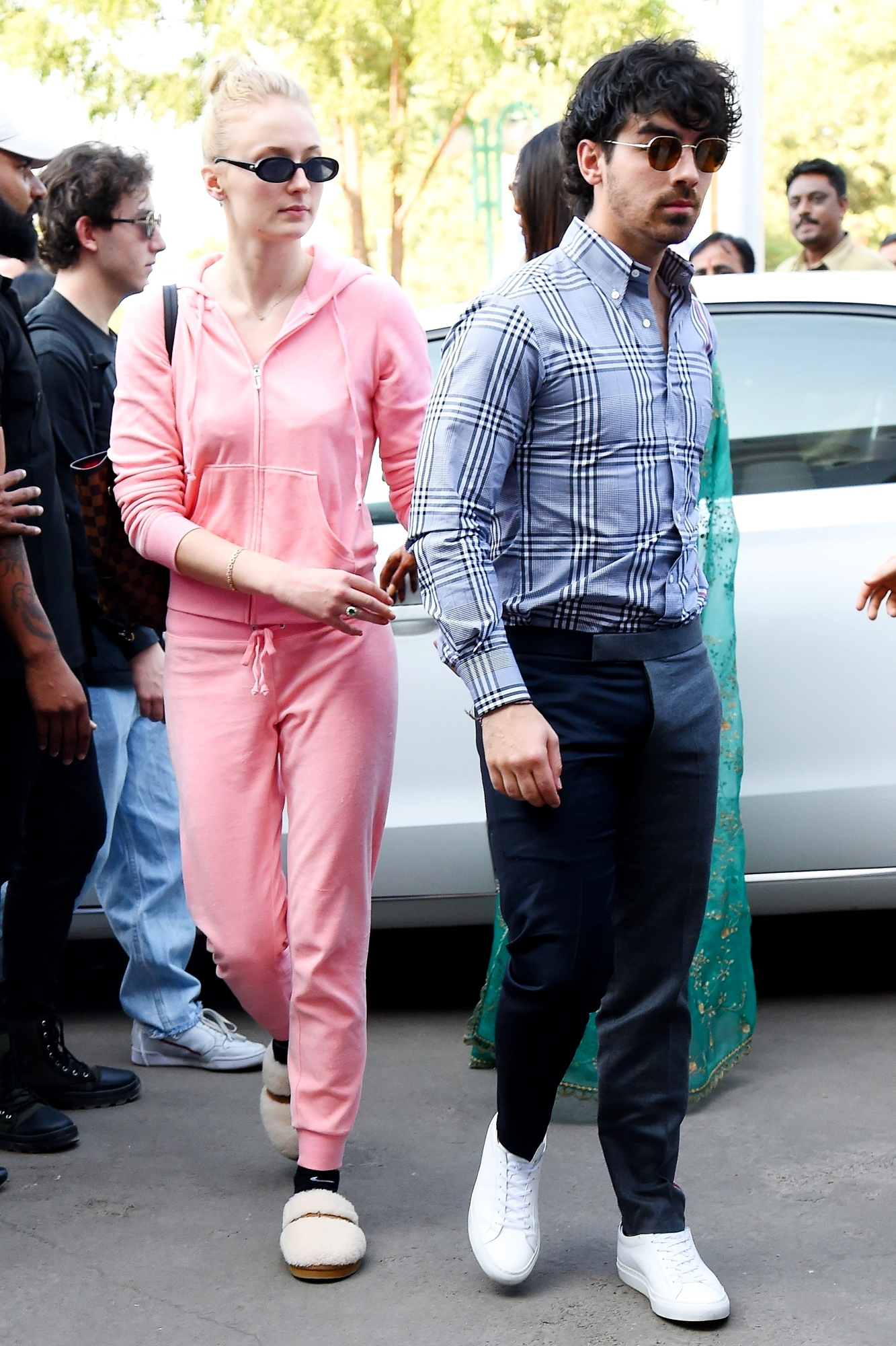 Joe Jonas and other celebrity guest arrive in Jodhpur for Nick and Priyanka's royal reception