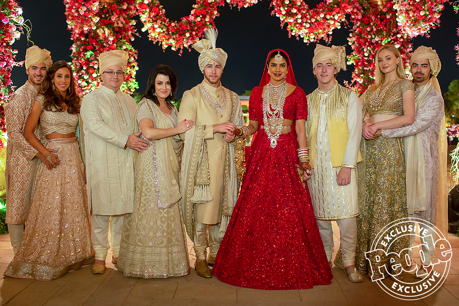 Nick Jonas Priyanka Chopra Wedding Photos Gallery People Com