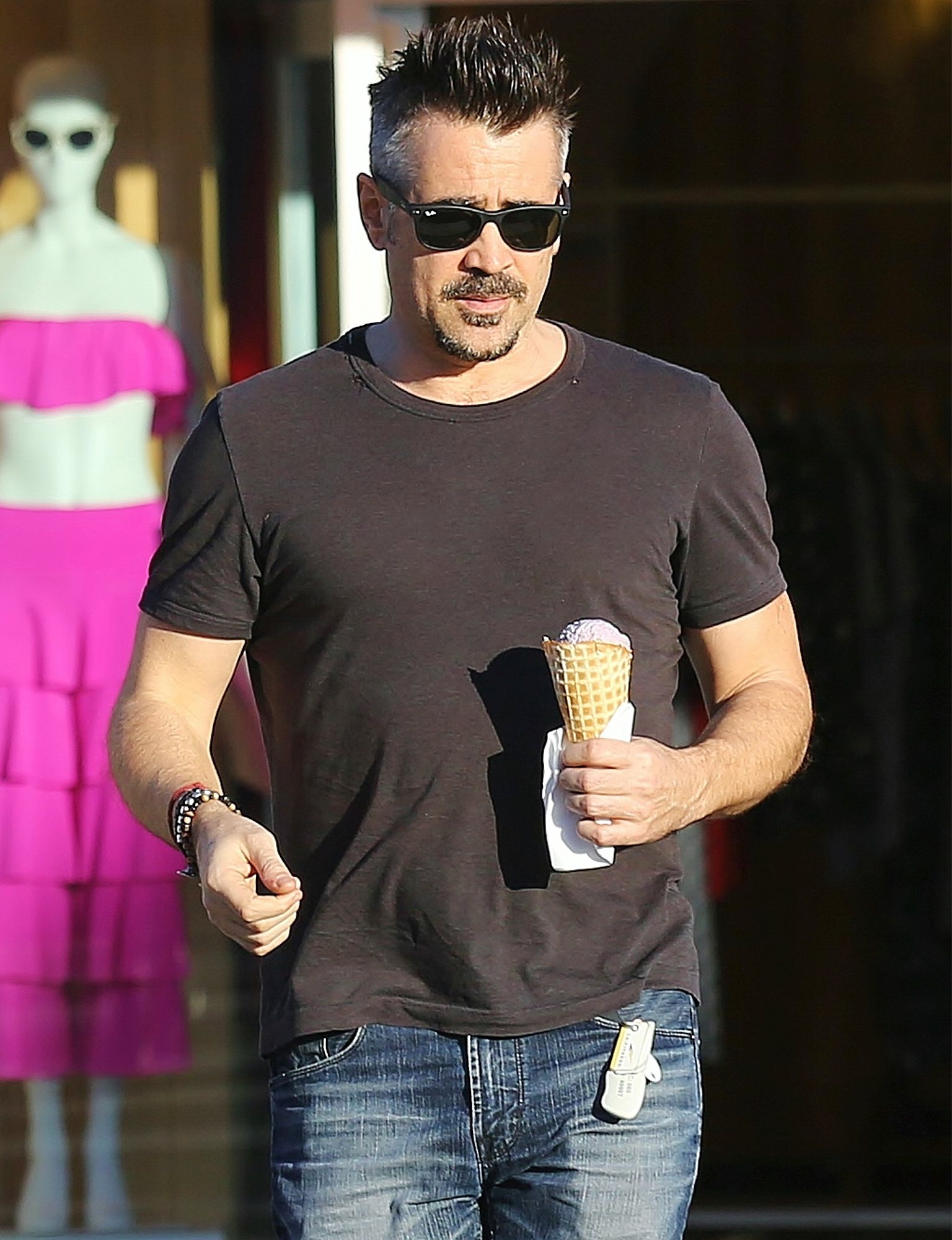 EXCLUSIVE: Colin Farrell Gets An Ice Cream In Los Angeles