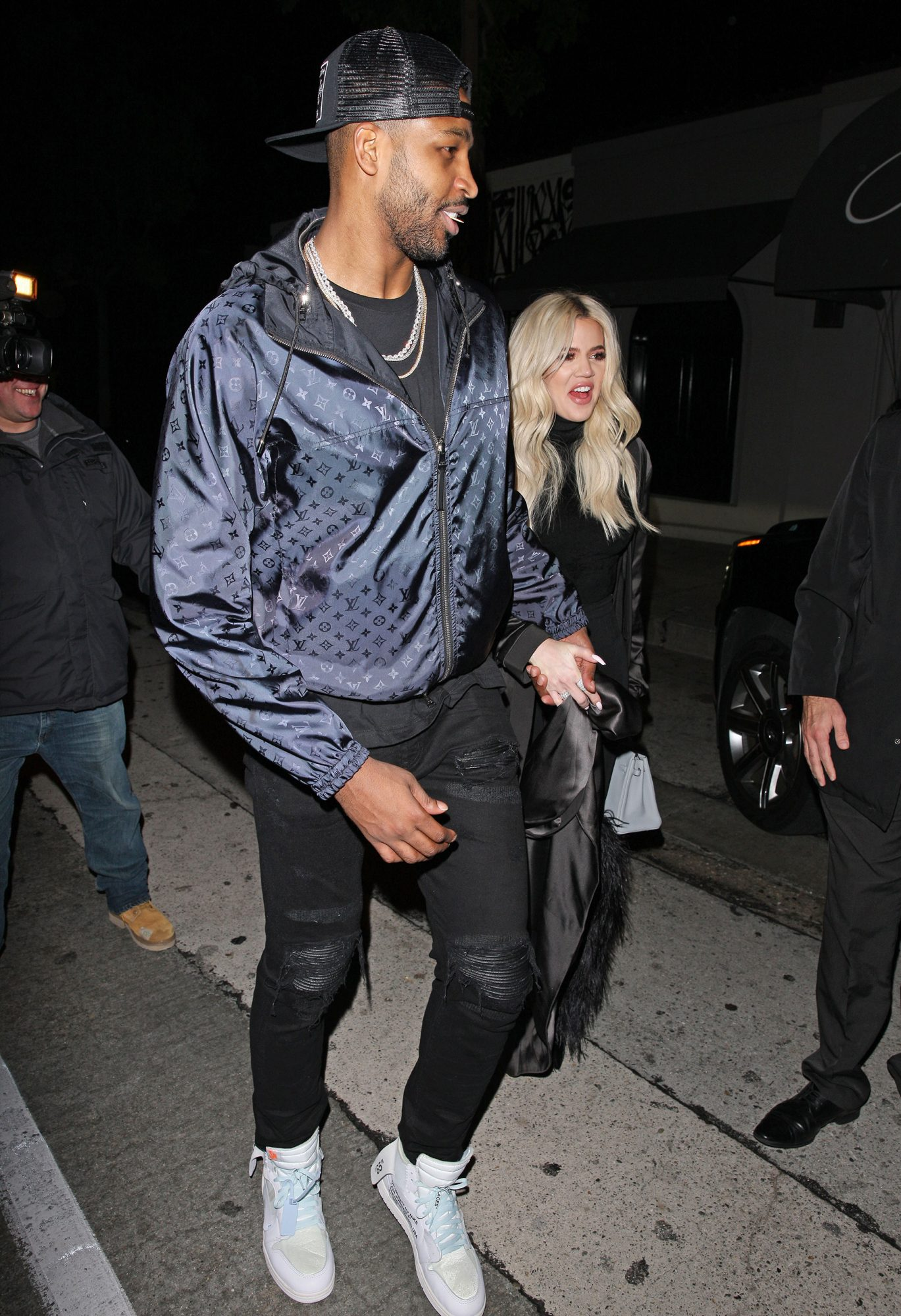 Khlo? Kardashian And Tristan Thompson Head To LA Hot Spots Craig's For Dinner