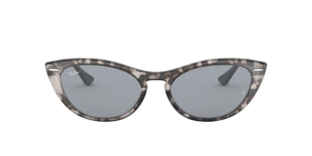 Cool Cat-Eye Sunnies