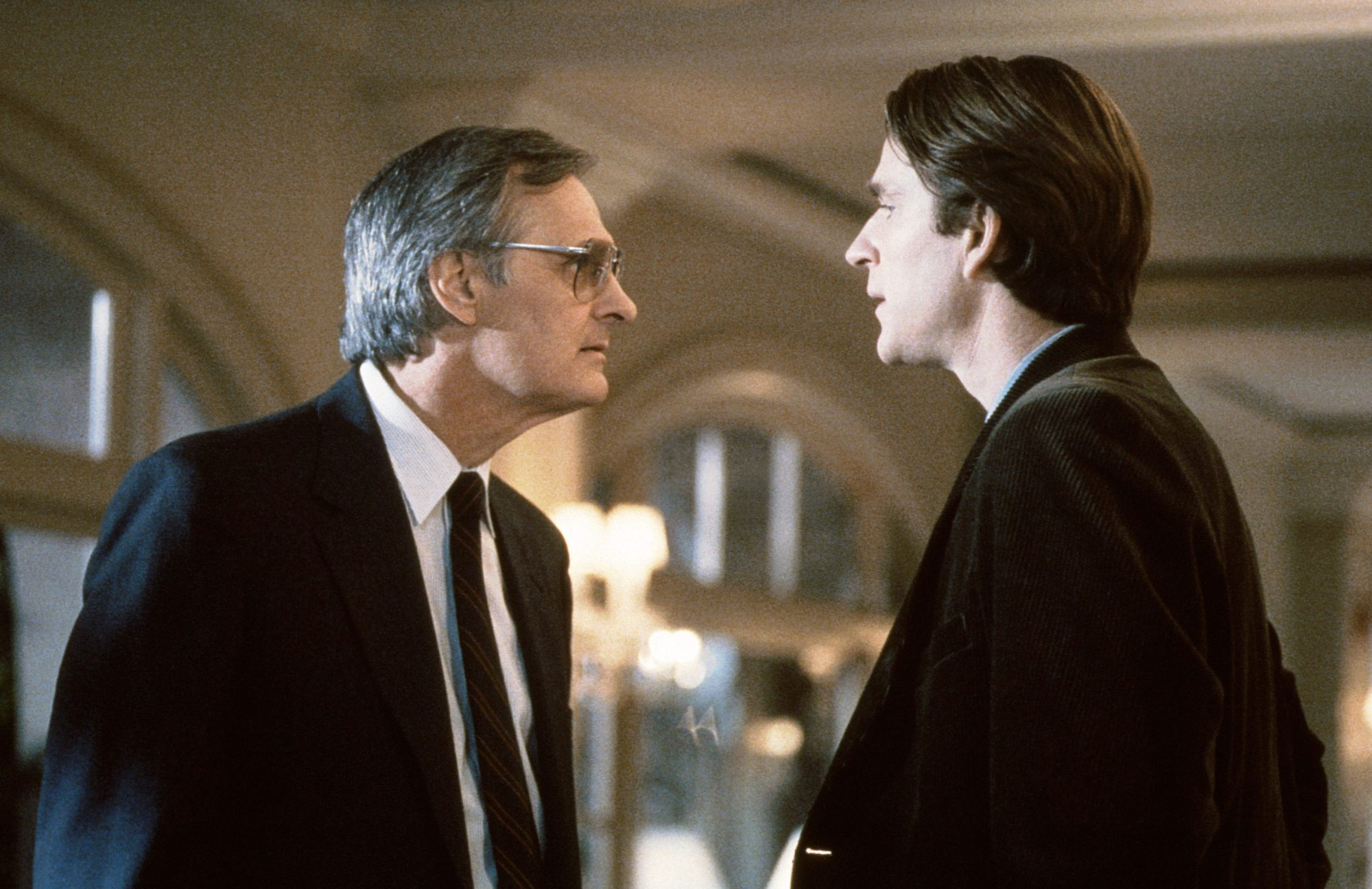 AND THE BAND PLAYED ON, from left: Alan Alda, Matthew Modine, 1993, © HBO/courtesy Everett