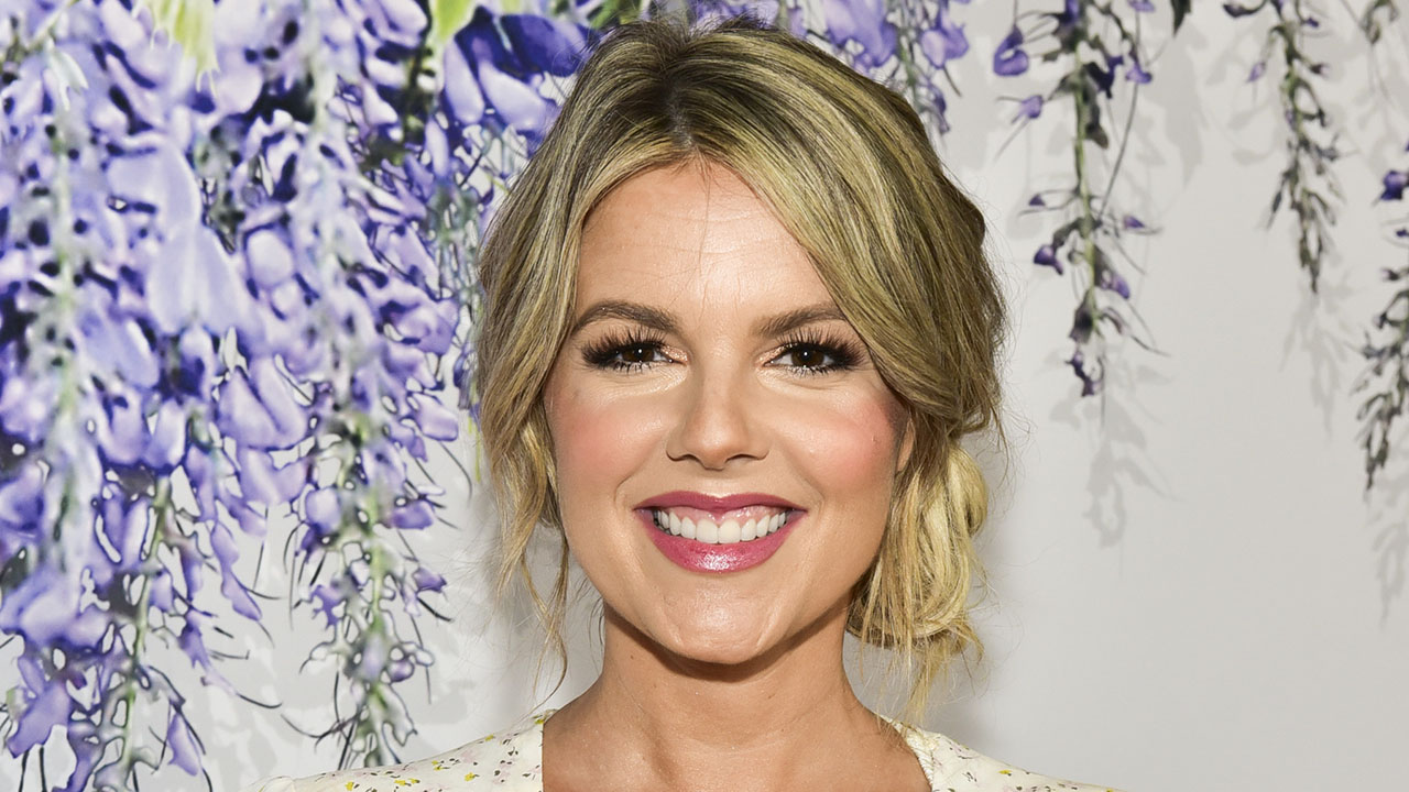Ali Fedotowsky Gives Her Take On Colton Underwood & 'The Bachelor'