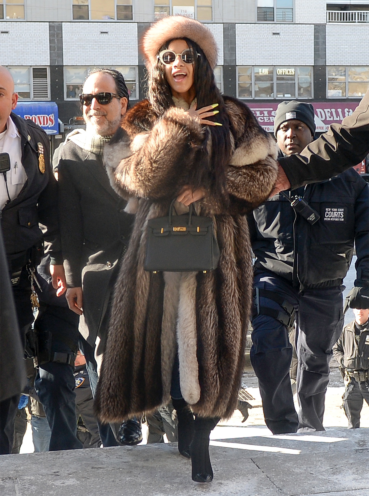 Cardi B Arrives At Queens County Criminal Court In New York Over Charges In Connection With An Alleged Assault At Stripclub In Queens