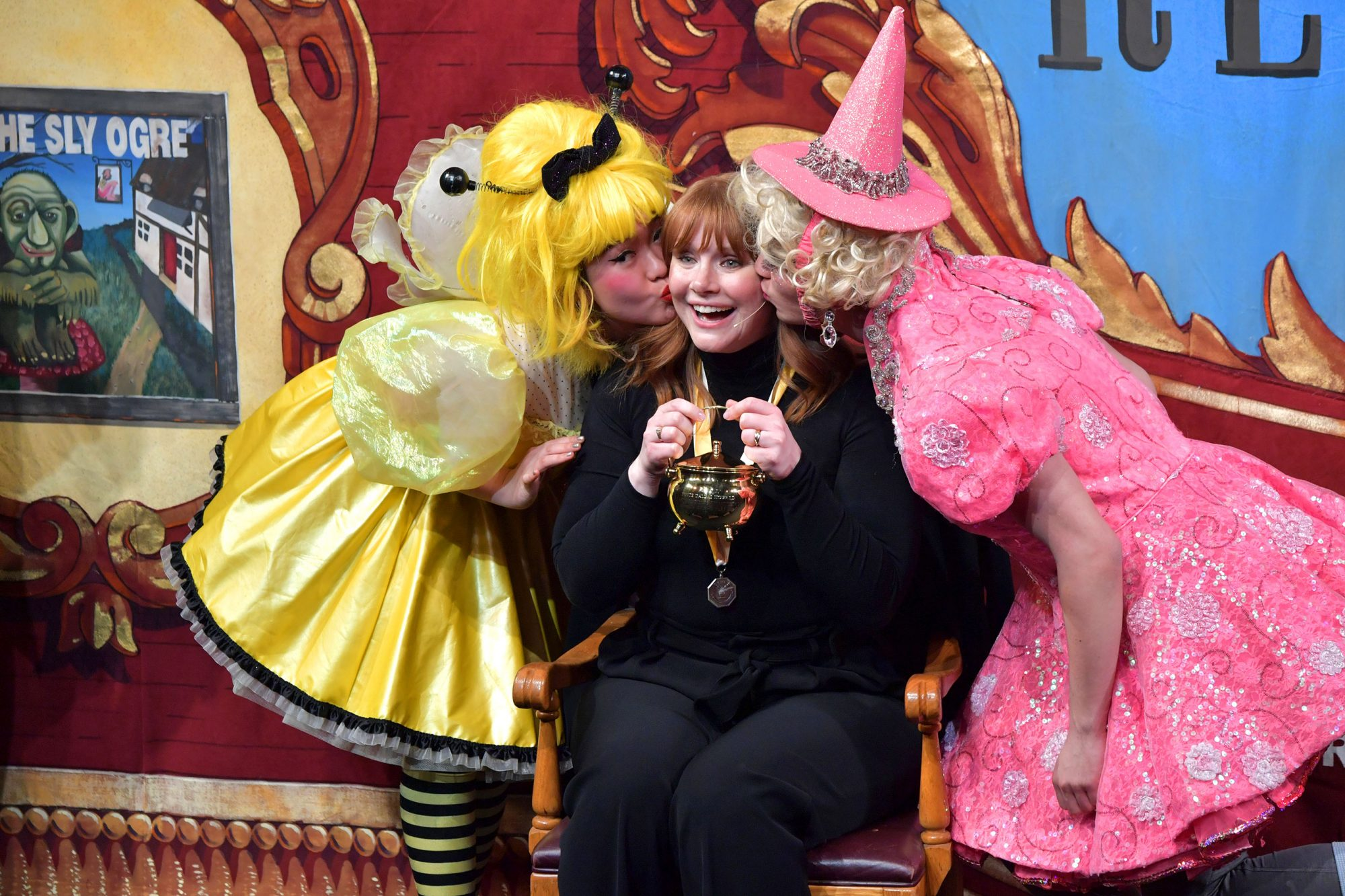 Hasty Pudding Theatricals Honors Bryce Dallas Howard As 2019 Woman of The Year