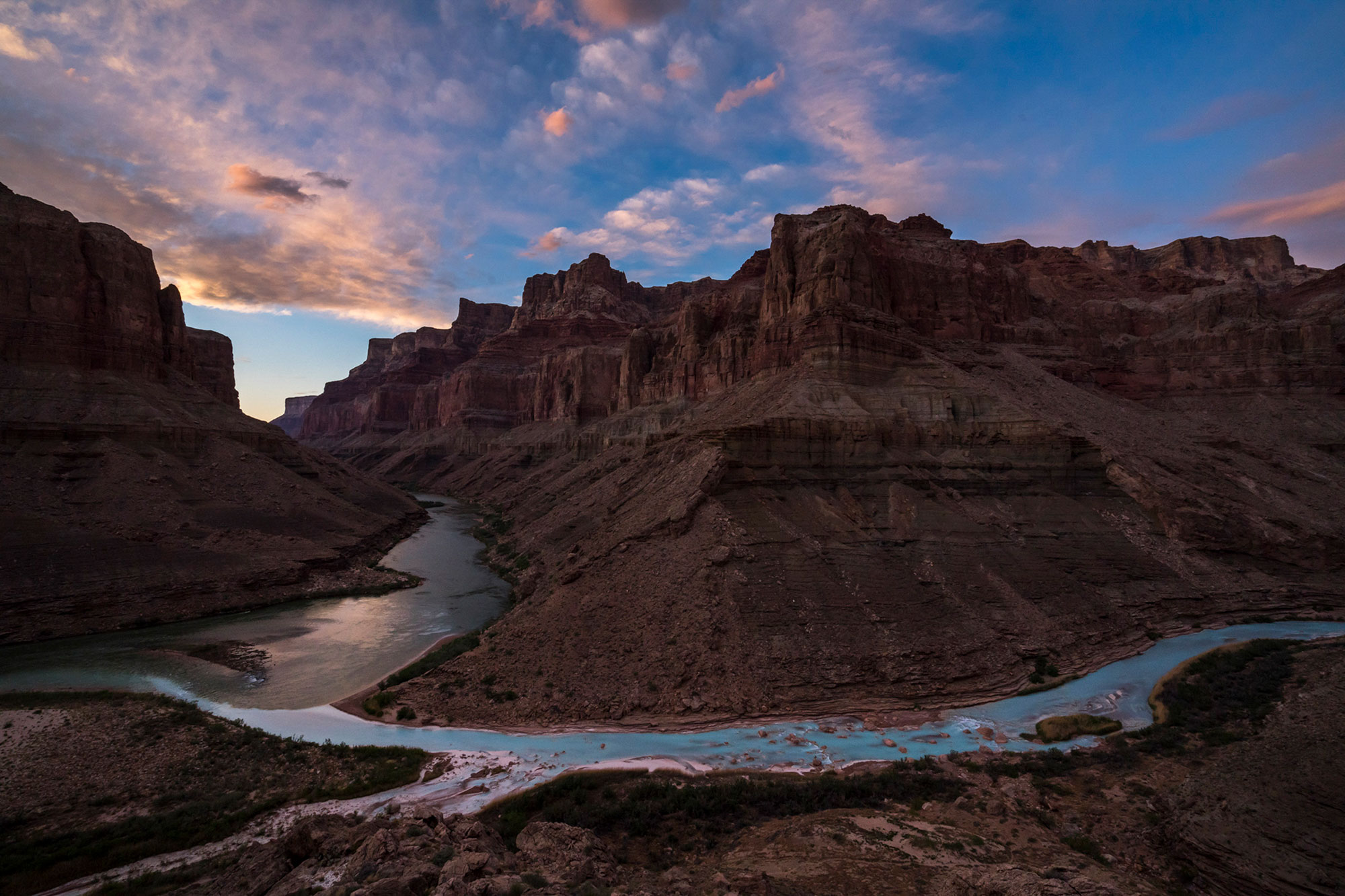 into-the-canyon-nat-geo